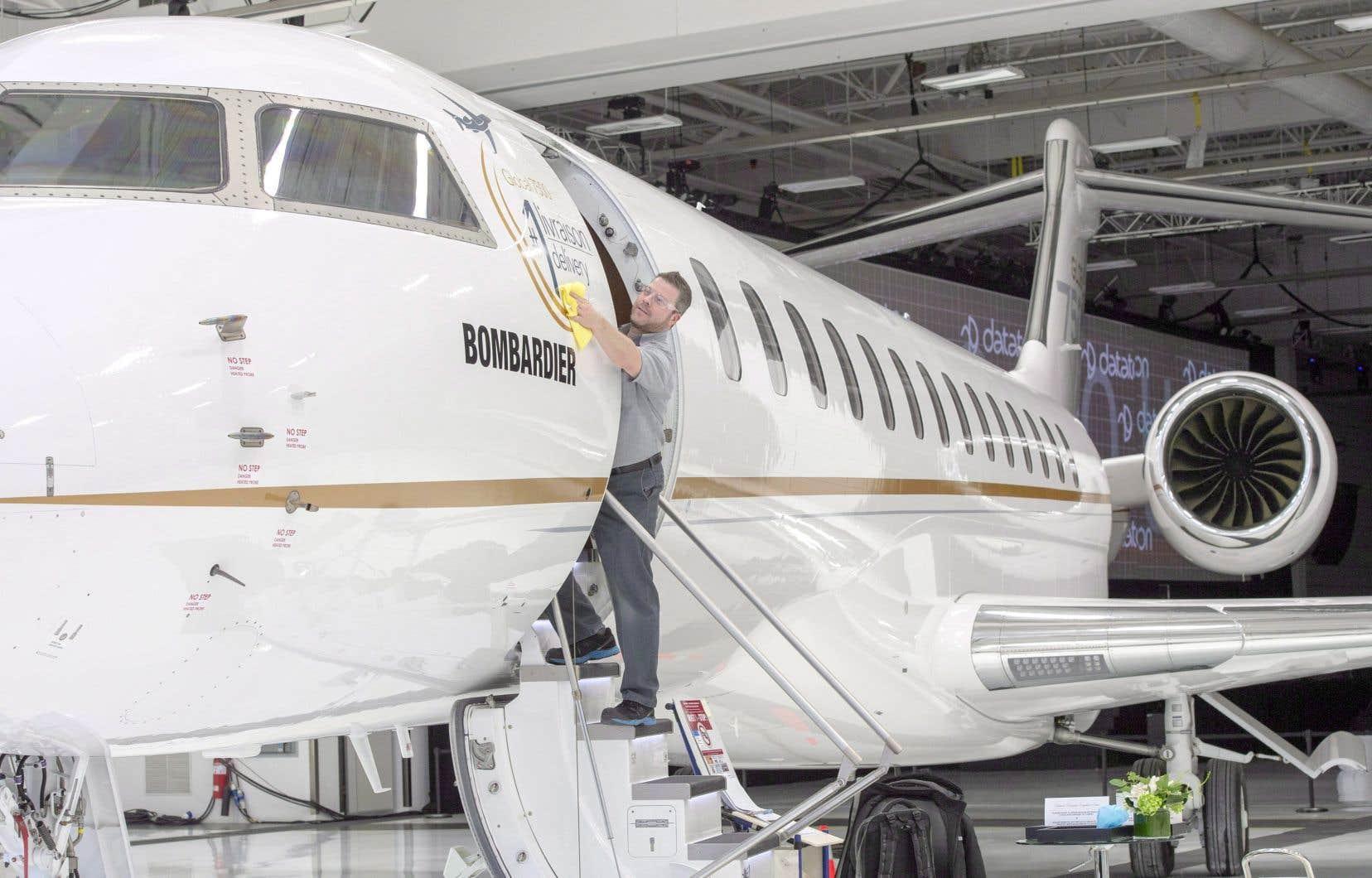 Bombardier a renoué avec la rentabilité au quatrième trimestre, affichant un profit net de 55millions, ou 2¢US par action.
