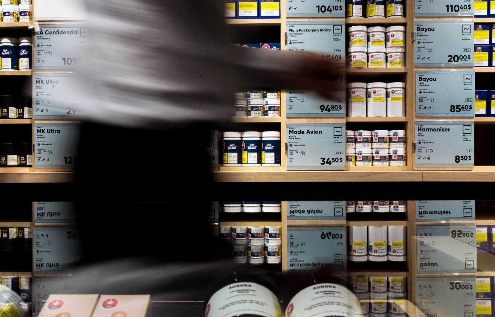 L'Association des médecins psychiatres du Québec a proposé que l'âge légal pour consommer du cannabis soit fixé à 21ans.