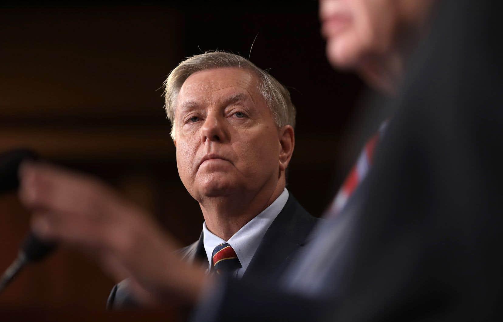 <p>À la suite deces révélations, un influent sénateur républicain, Lindsey Graham, a jugé nécessaire que le Congrès enquête pour établir s'il y a bien eu «une tentative de coup d'État administratif».</p>