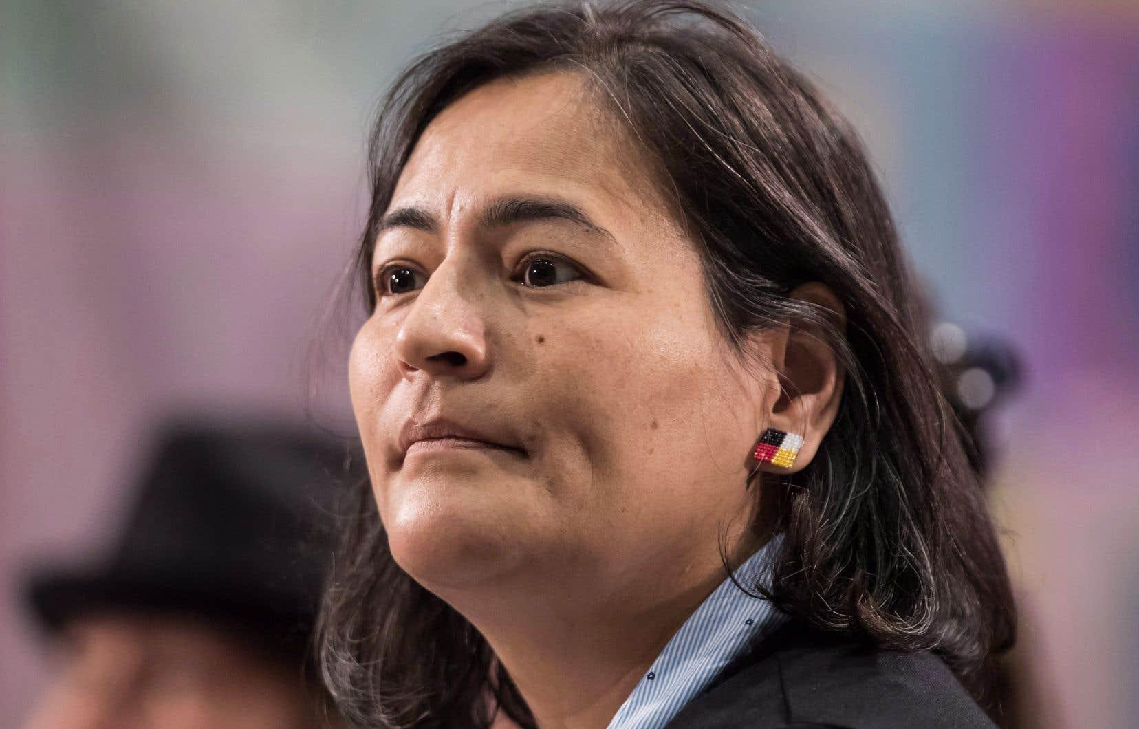 La militante des droits des femmes autochtones a exhorté les membres du comité à faire progresser le projet de loi.