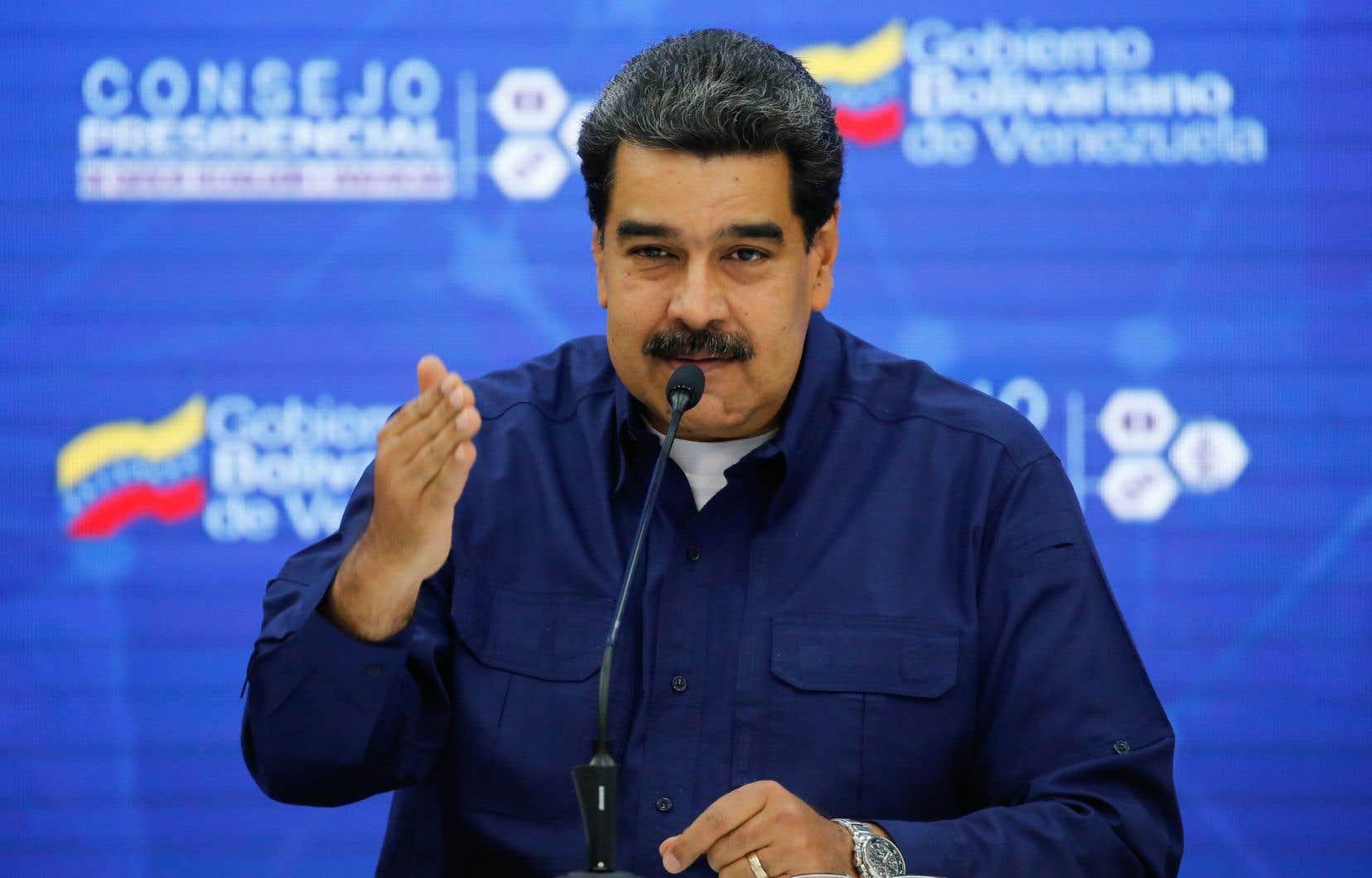 Le président vénézuelien a ajouté qu'une arrivée des médicaments ou de matières premières permettant de produire des médicaments sera annoncée dans les prochains jours.