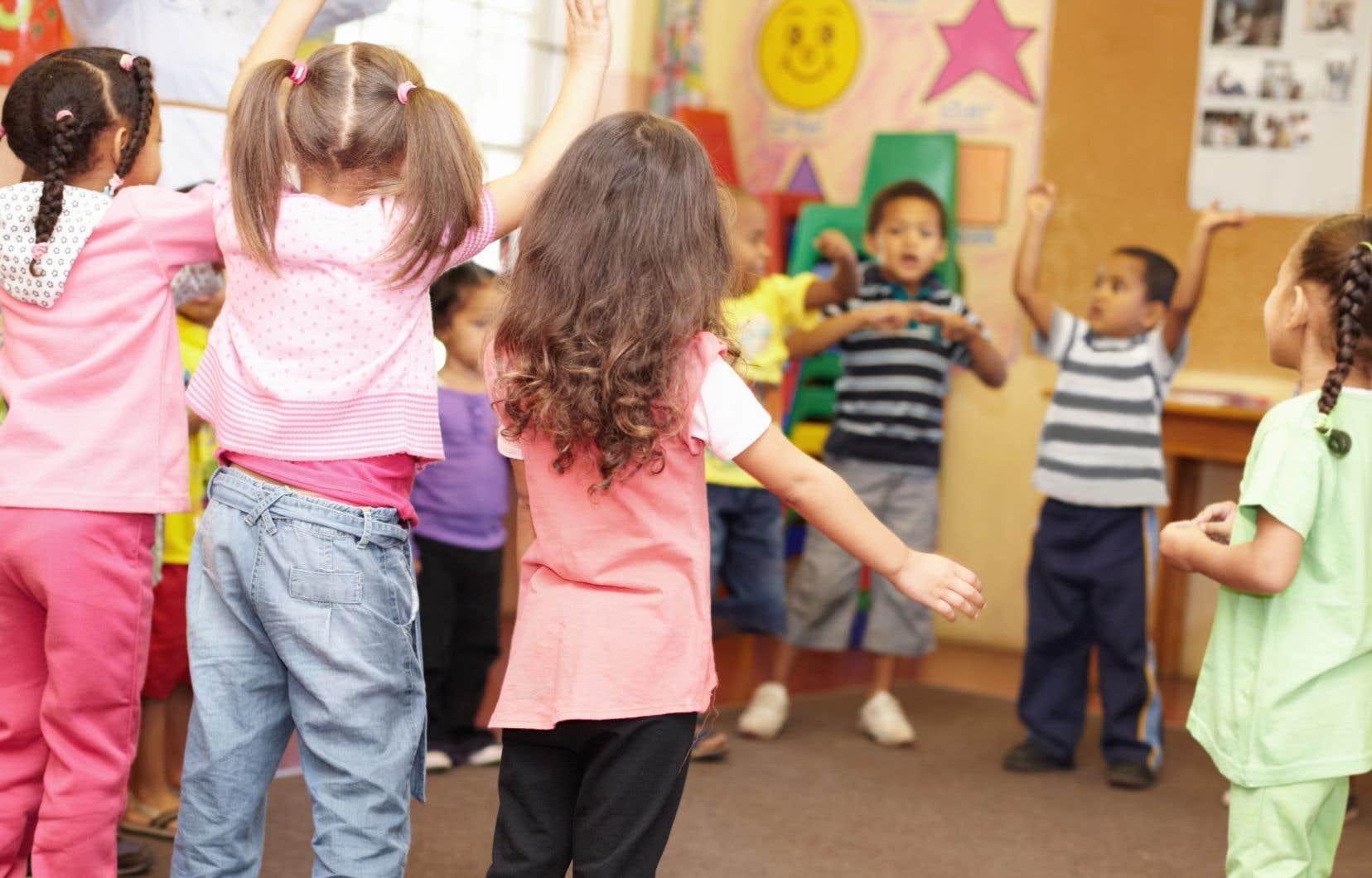 «La préscolarisation à 4ans permet aux enfants d'avoir les préalables nécessaires à l'entrée à l'école, et de prévenir le risque de difficultés ultérieures d'apprentissage ou d'adaptation», écrit l'auteur.