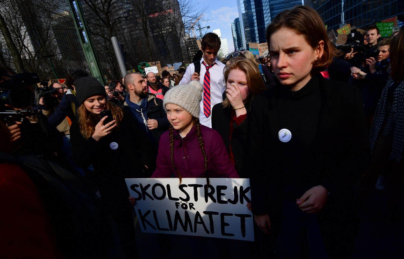 Greta Thunberg a inspiré des jeunes de partout dans le monde à faire la grève pour exprimer leur colère et leur inquiétude face au réchauffement de la planète.