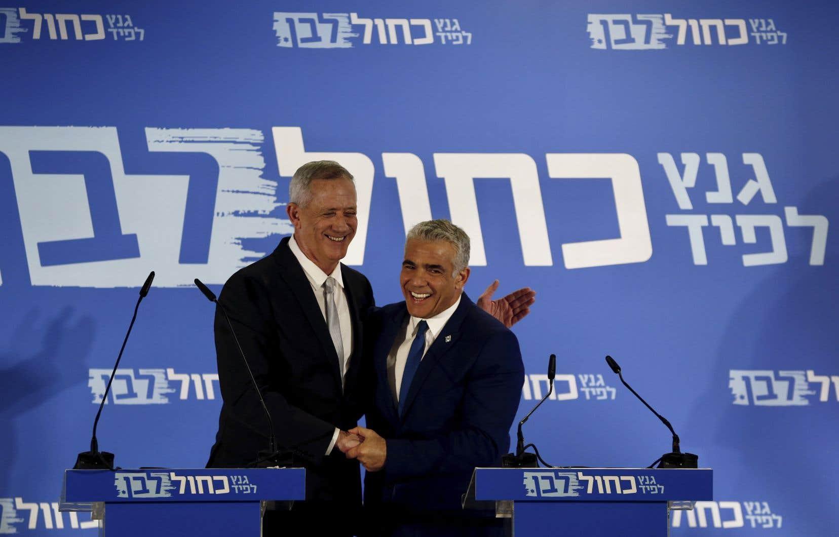 Les deux principaux rivaux de Benjamin Nétanyahou, Benny Gantz (à gauche) etYair Lapid(à droite) ont noué une alliance.