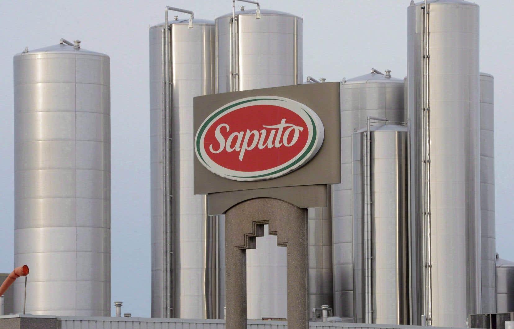 La transaction permettrait à Saputo d'étendre sa présence internationale et de pénétrer le marché britannique.