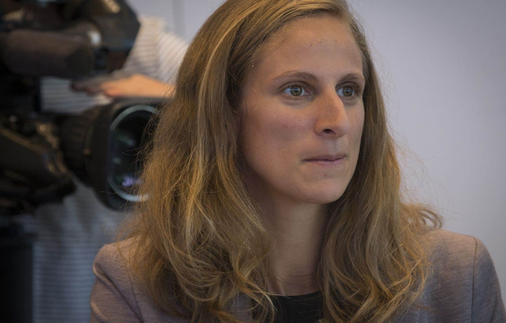 L'élue solidaire Christine Labriepresse le ministre de la Famille de renforcer le réseau de centres de la petite enfance.