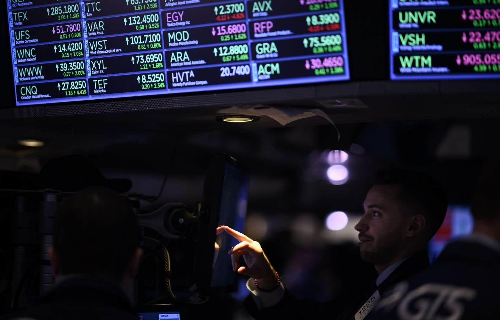 Environ 4000 milliards de dettes obligataires arriveront à échéance d'ici trois ans et obligeront leurs entreprises à les rembourser ou à les refinancer dans un contexte moins favorable.
