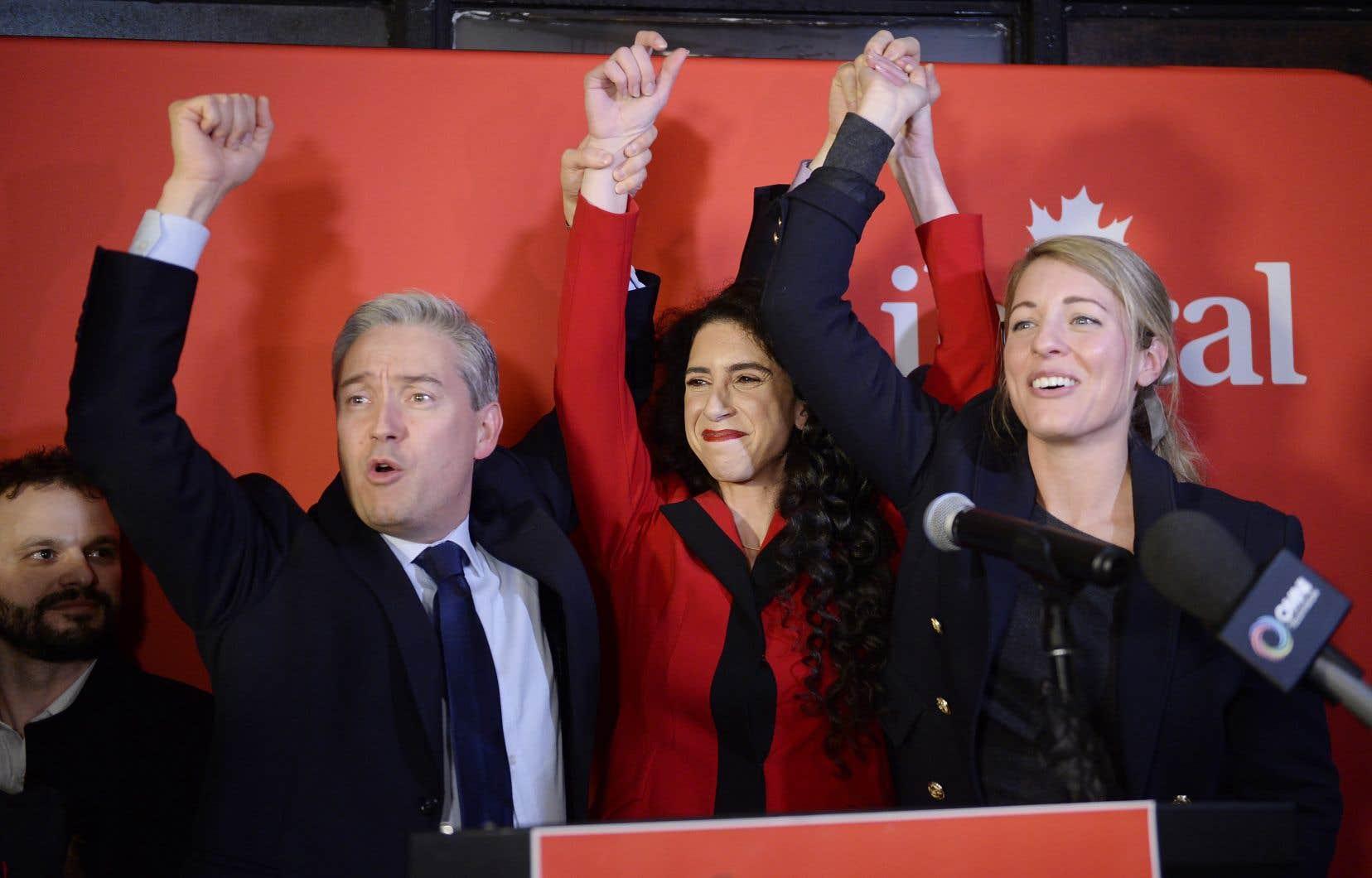 La ministre Mélanie Joly (à droite) a été sans équivoque à l'issue de la victoire de Rachel Bendayan à l'élection complémentaire dans la circonscription d'Outremont: la vague orange n'est plus.