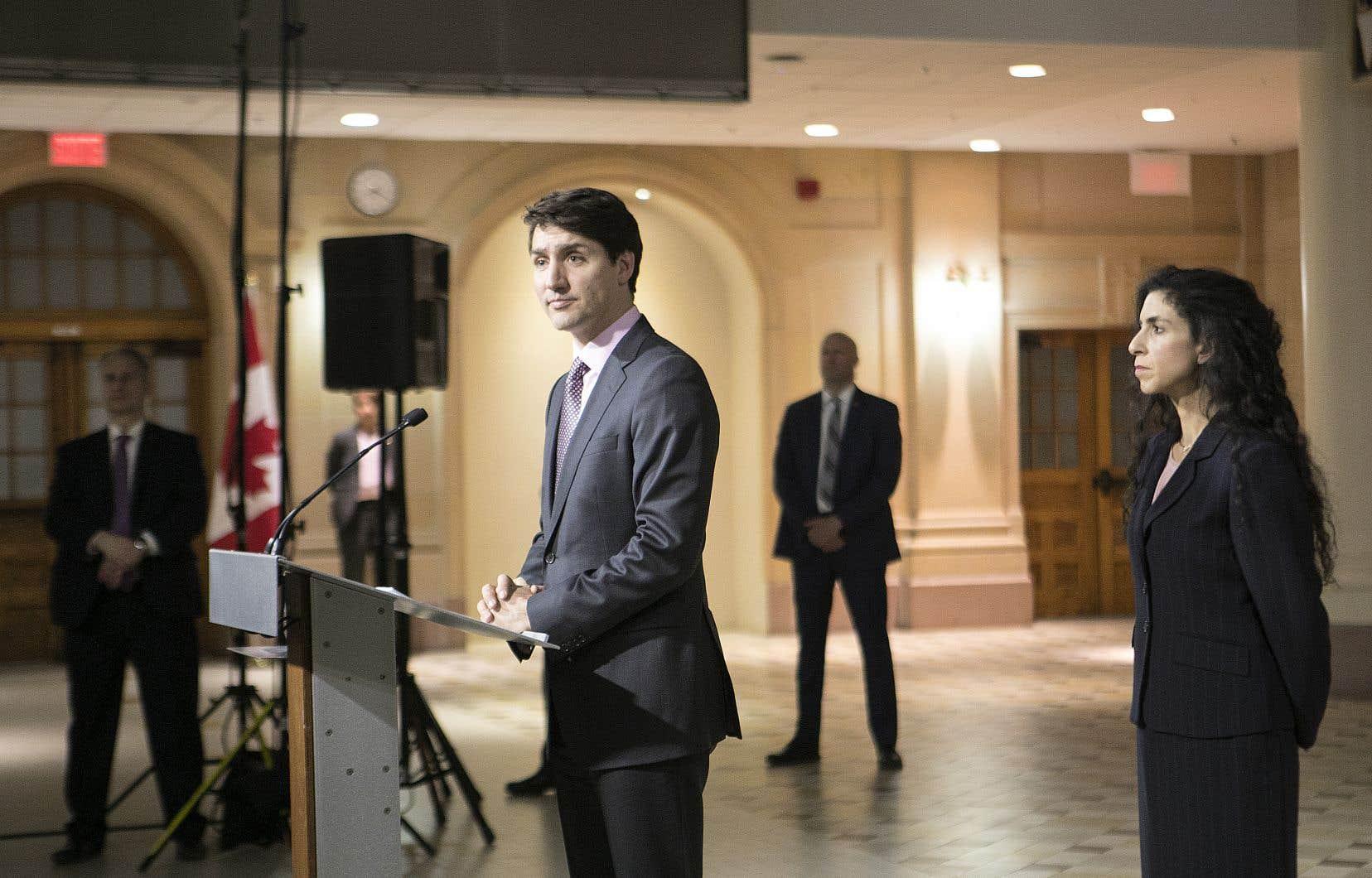 Le premier ministre Justin Trudeau n'a pas voulu dire si Jody Wilson-Raybould pourrait demeurer membre du caucus des députés libéral après le témoignage accablant qu'elle a livré mercredi.