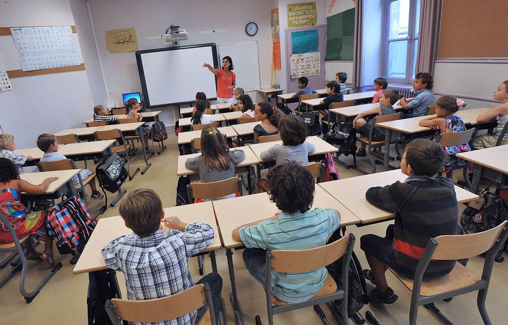 Les nombreuses décisions ministérielles qui ont modifié la manière d'évaluer les élèves depuis 2007 semblent s'appuyer sur cette croyance populaire que seul ce qui est chiffré possède une valeur et est «vrai».