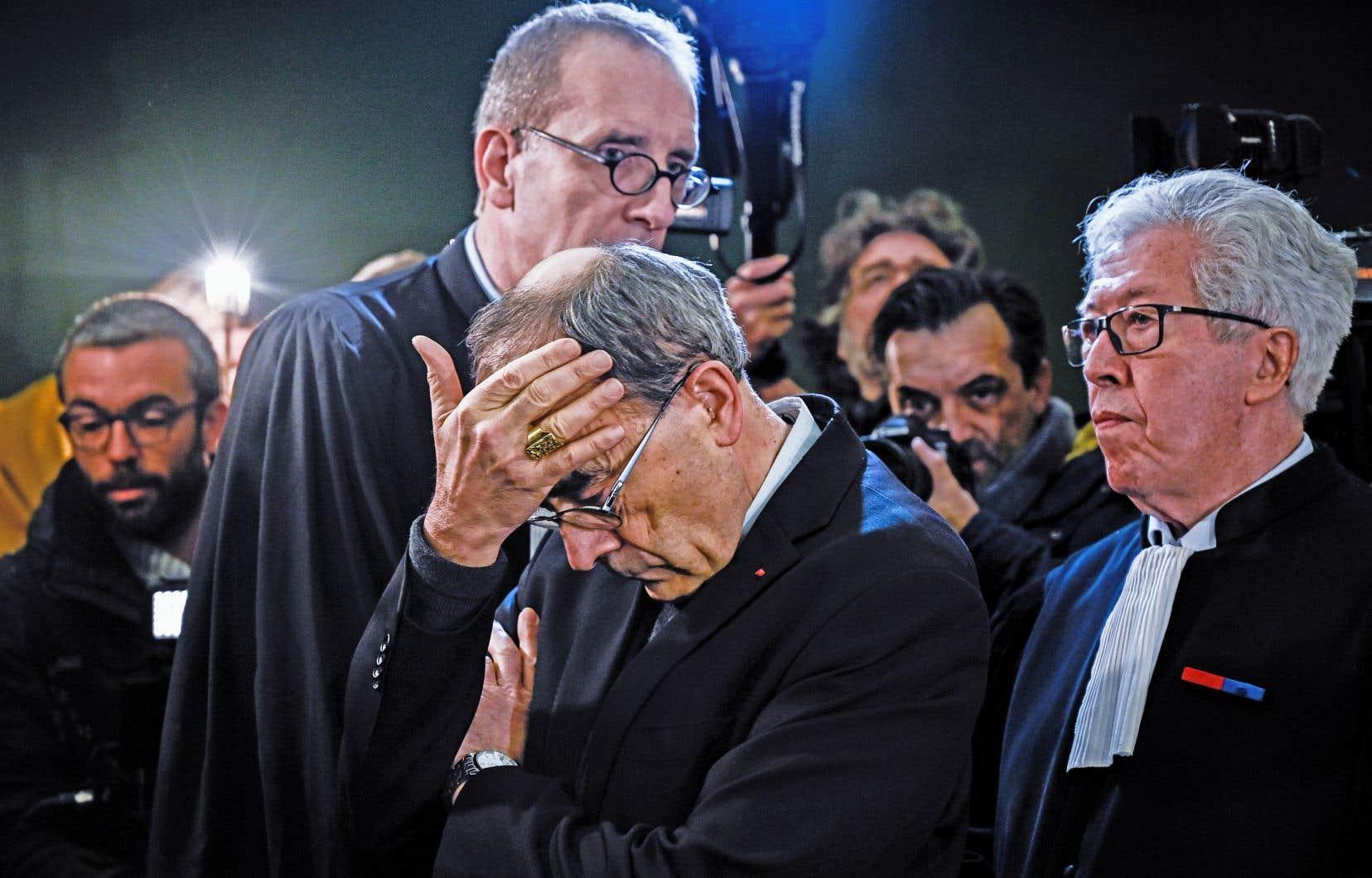 Le cardinal Barbarin à son arrivée au tribunal de Lyon, jeudi