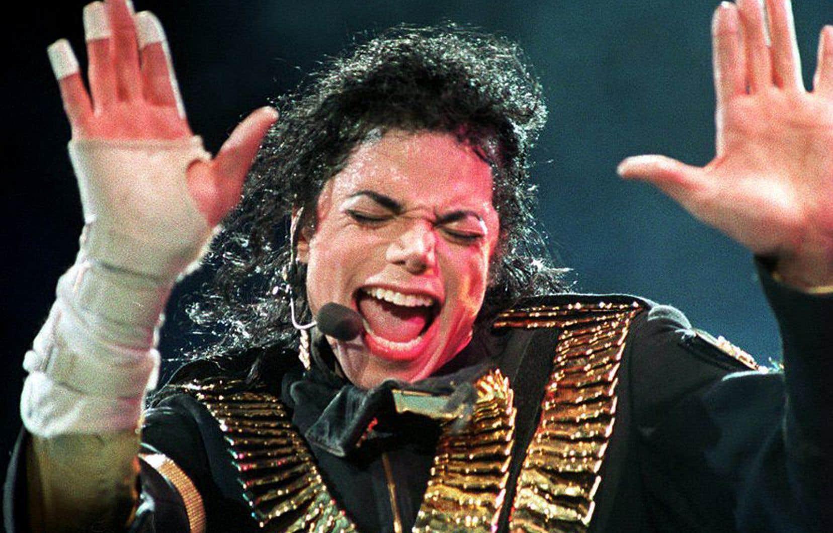 Que faire de l'oeuvre et de la mémoire de Michael Jackson en regard des allégations persistantes dont il fait l'objet? s'interroge l'auteur.