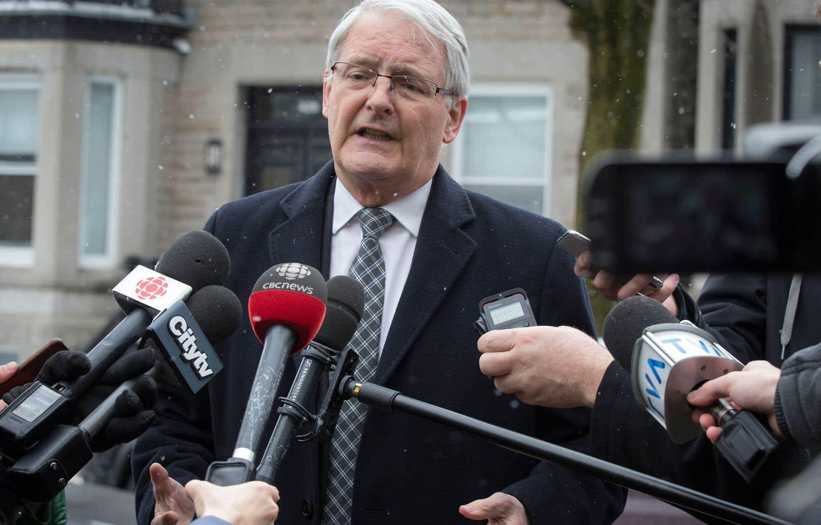 Le ministre canadien des Transports, Marc Garneau, juge qu'il serait prématuré de clouer au sol les appareils Boeing 737 MAX.