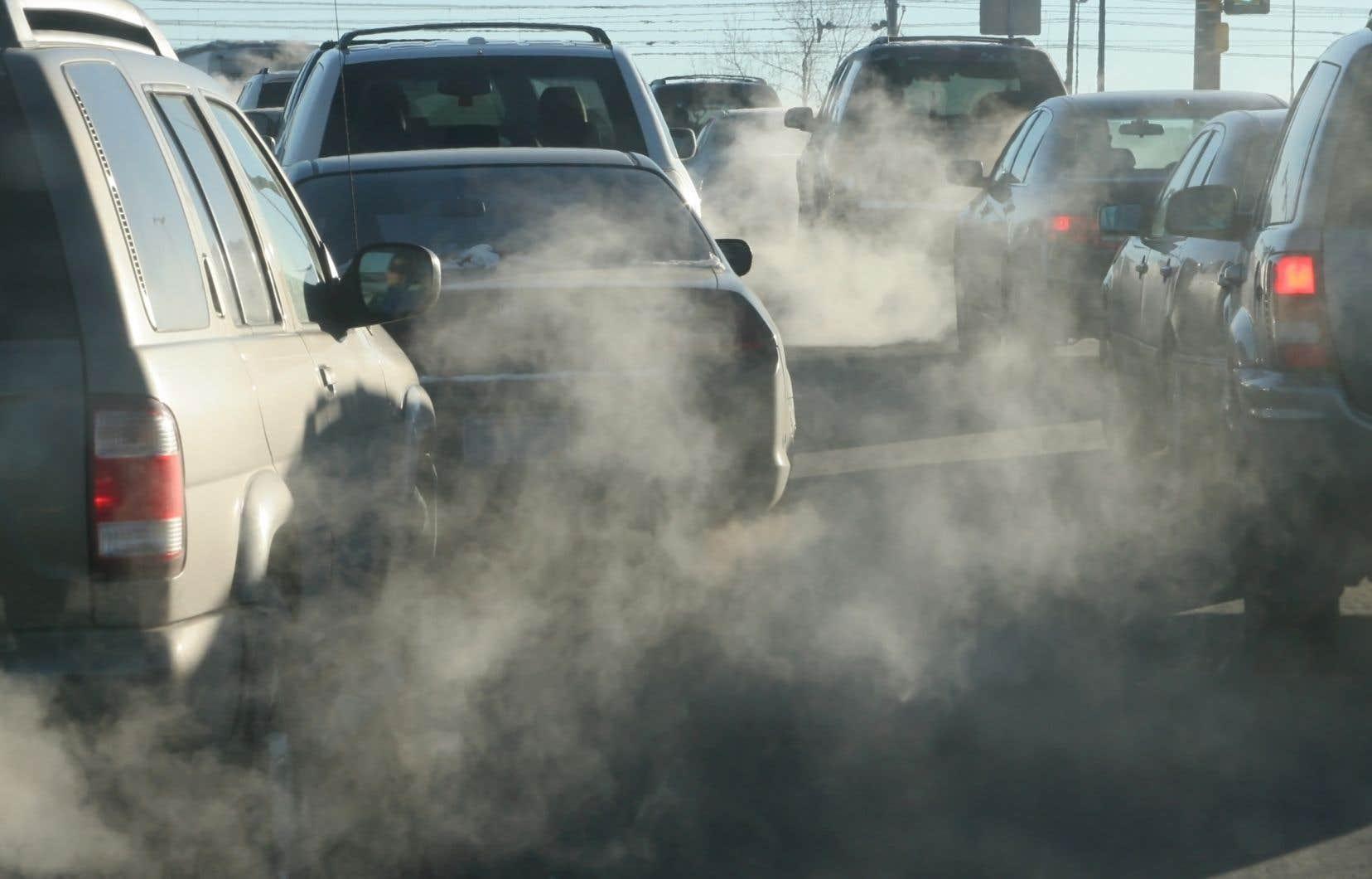 <p>Le rapport estime que la pollution de l'air cause 6 à 7millions de morts prématurées chaque année.</p>