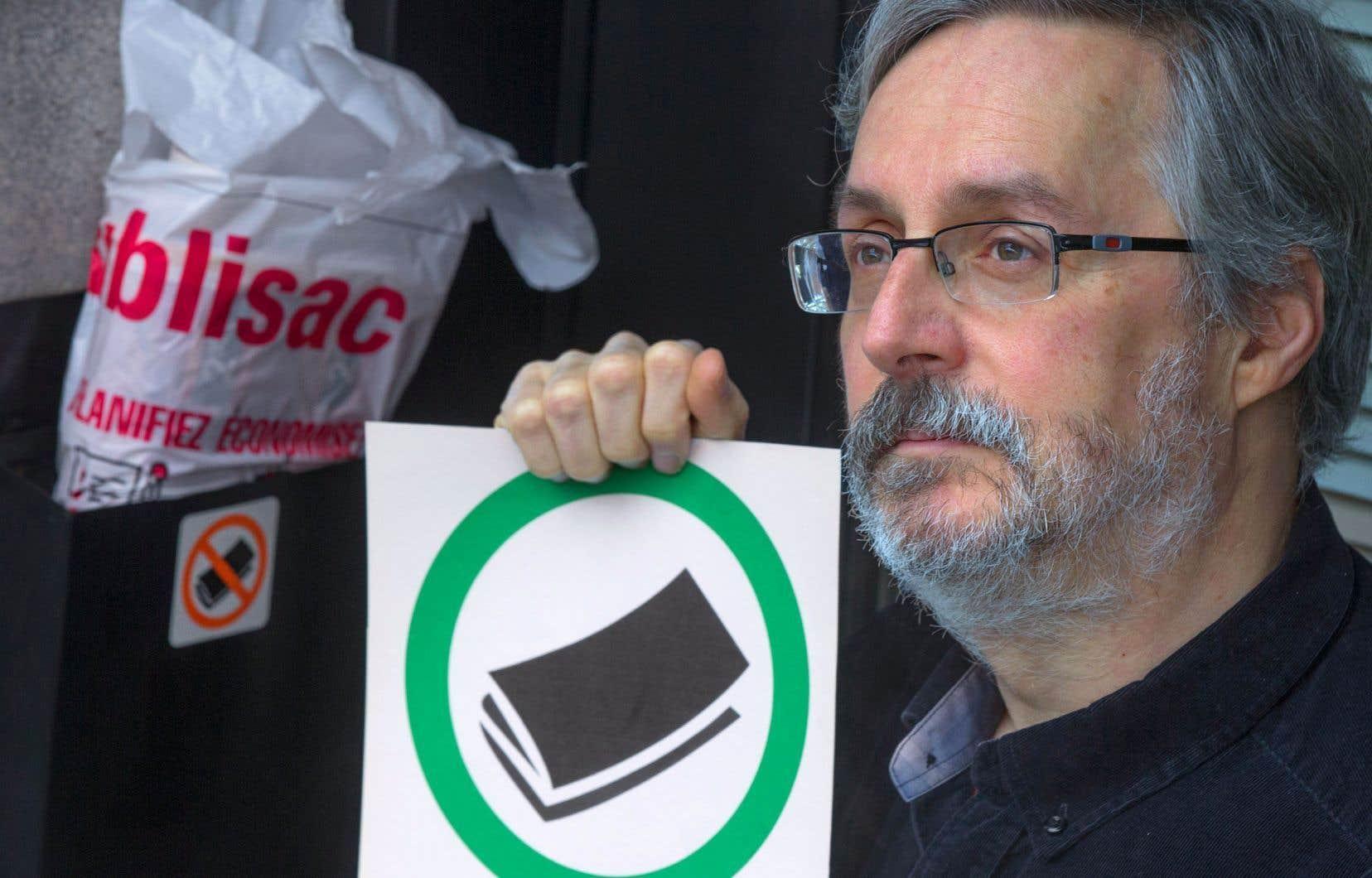Le citoyen Charles Montpetit, instigateur de la pétition