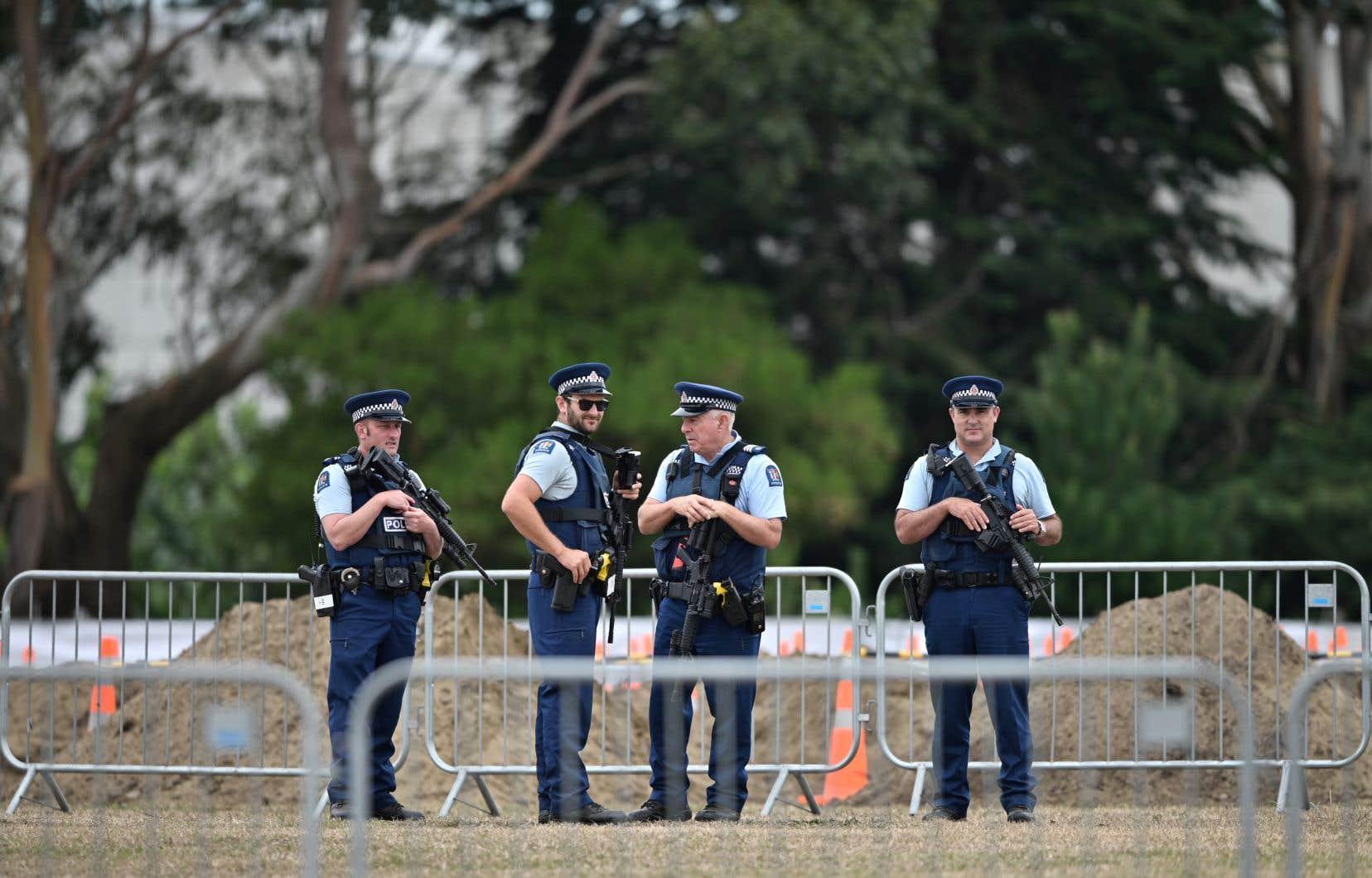 <p>L'attentat contre deux mosquées vendredi à Christchurch en Nouvelle-Zélande,a fait 50 morts.</p>