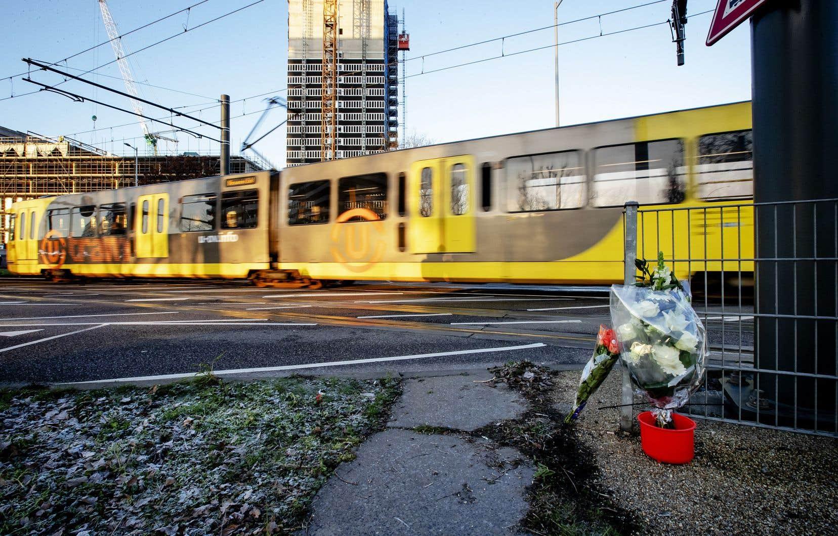 Une fusillade dans un tramway a fait trois morts, lundi.
