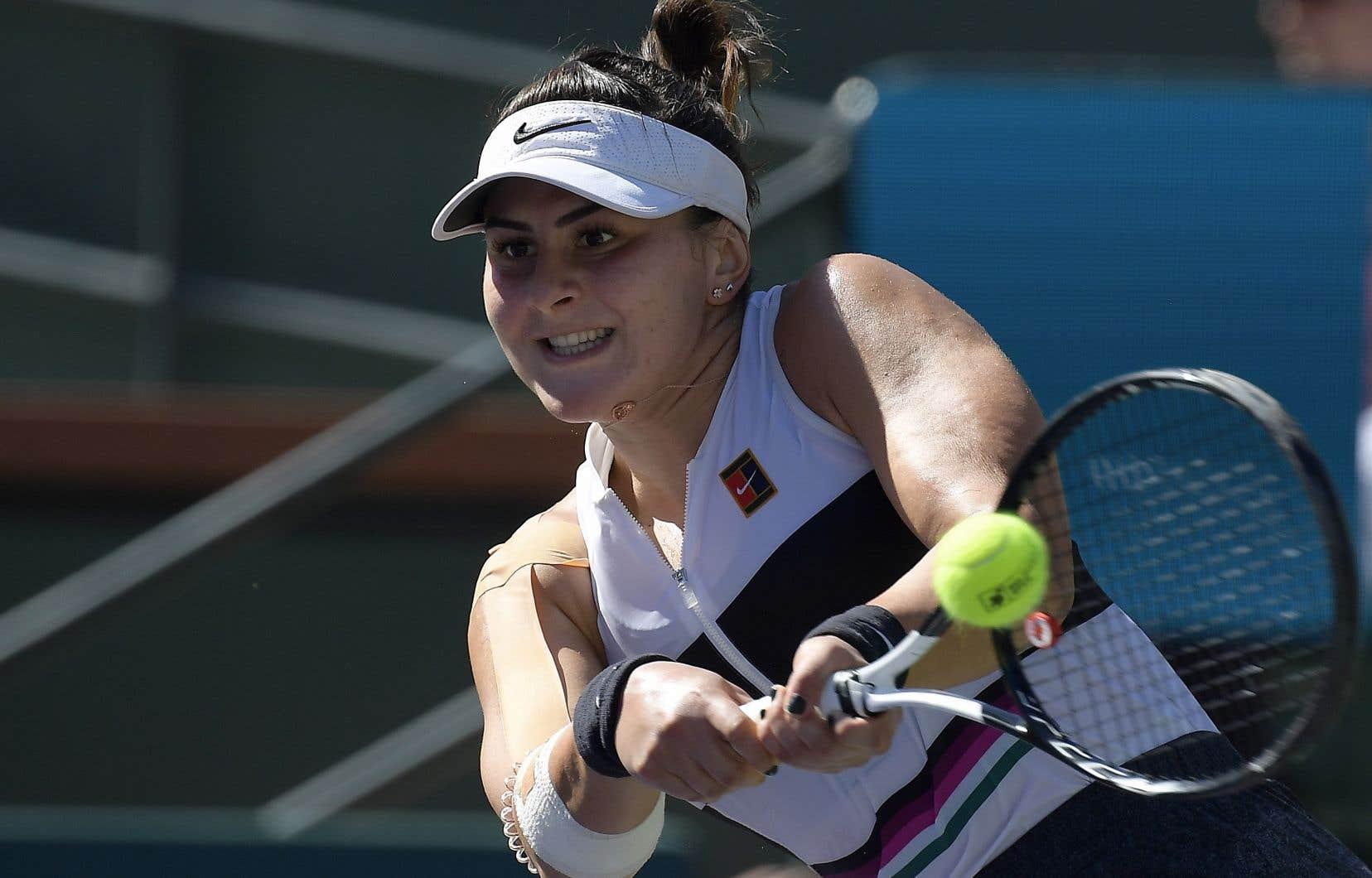 <p>Moins de 48heures après son électrisant triomphe contre l'Allemande Angelique Kerber en finale de l'Omnium BNP Paribas d'Indian Wells en Californie, Andreescu était de nouveau en pleine préparation mardi.</p>