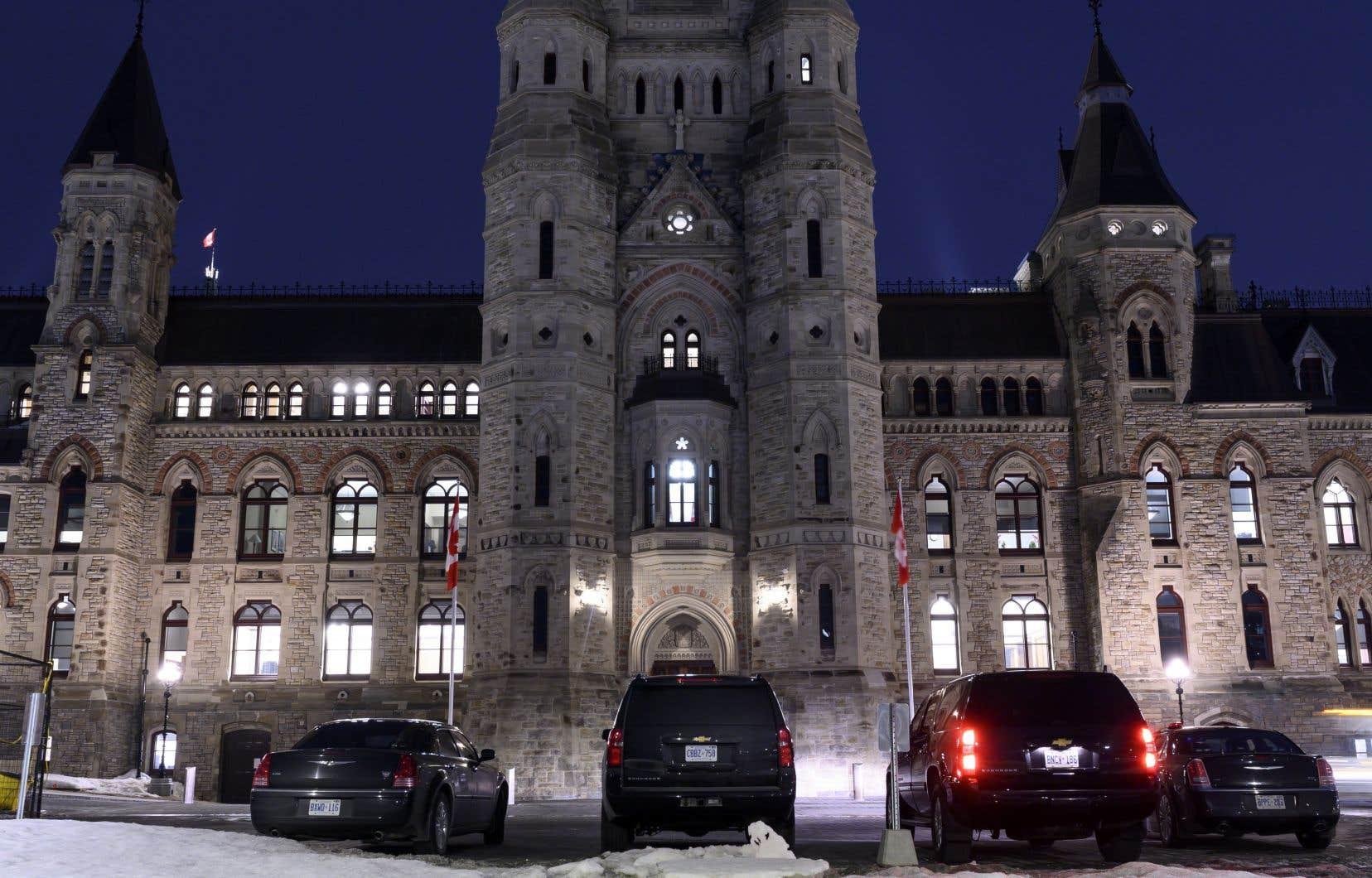 L'opposition a inscrit 257 votes au feuilleton et donné en début de soirée, mercredi, le coup d'envoi à une séance ininterrompue de votes qui pourrait durer de 35 à 40heures.
