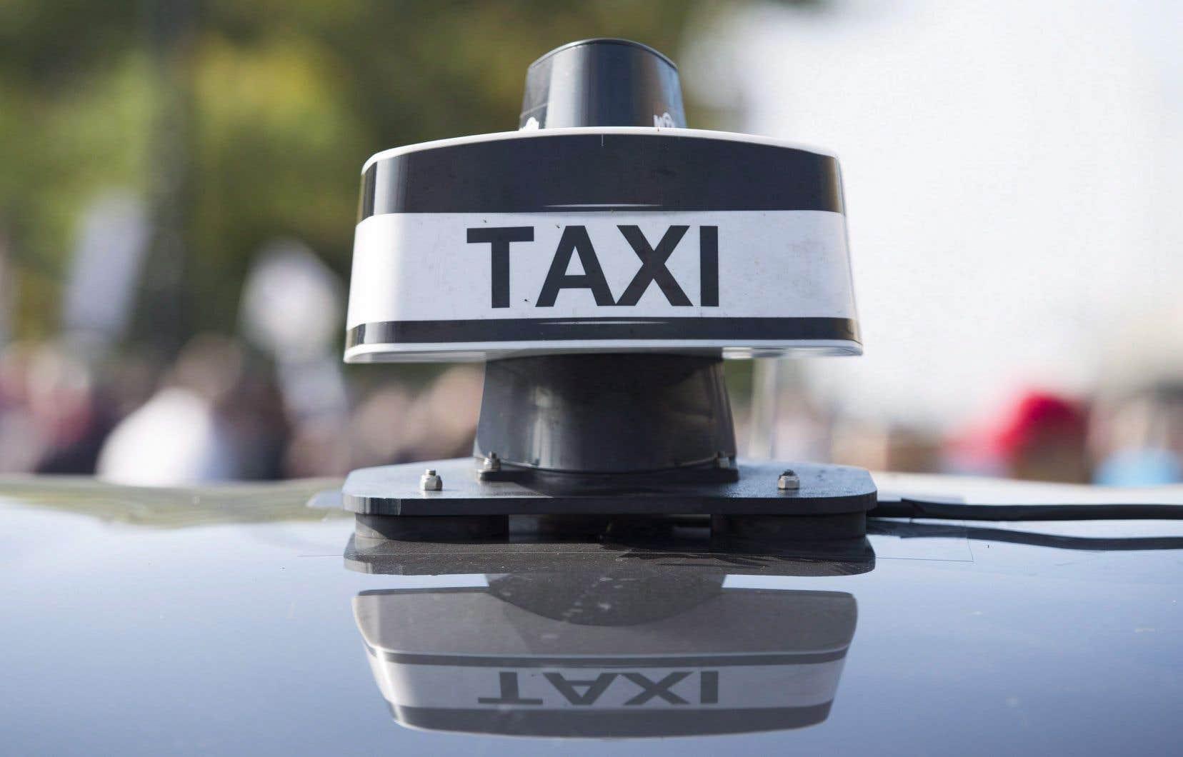 En vertu du projet de loi 17, l'ensemble des chauffeurs, qu'ils soient de l'industrie traditionnelle du taxi ou occasionnels au service d'une application, devra répondre aux mêmes normes.