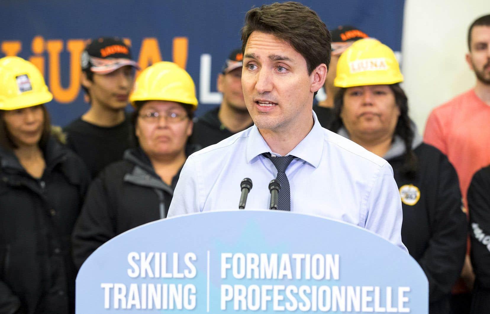 Justin Trudeau était à Thunder Bay, vendredi, afin de faire la promotion de certaines mesures prévues au budget déposé mardi, mais il a encore dû répondre aux questions sur l'affaire SNC-Lavalin.