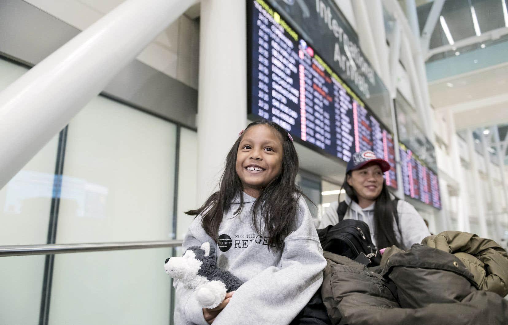 Vanessa Rodel et sa fille de 7 ans, Keana, sont arrivées à Toronto lundi soir et se rendront à Montréal mardi.
