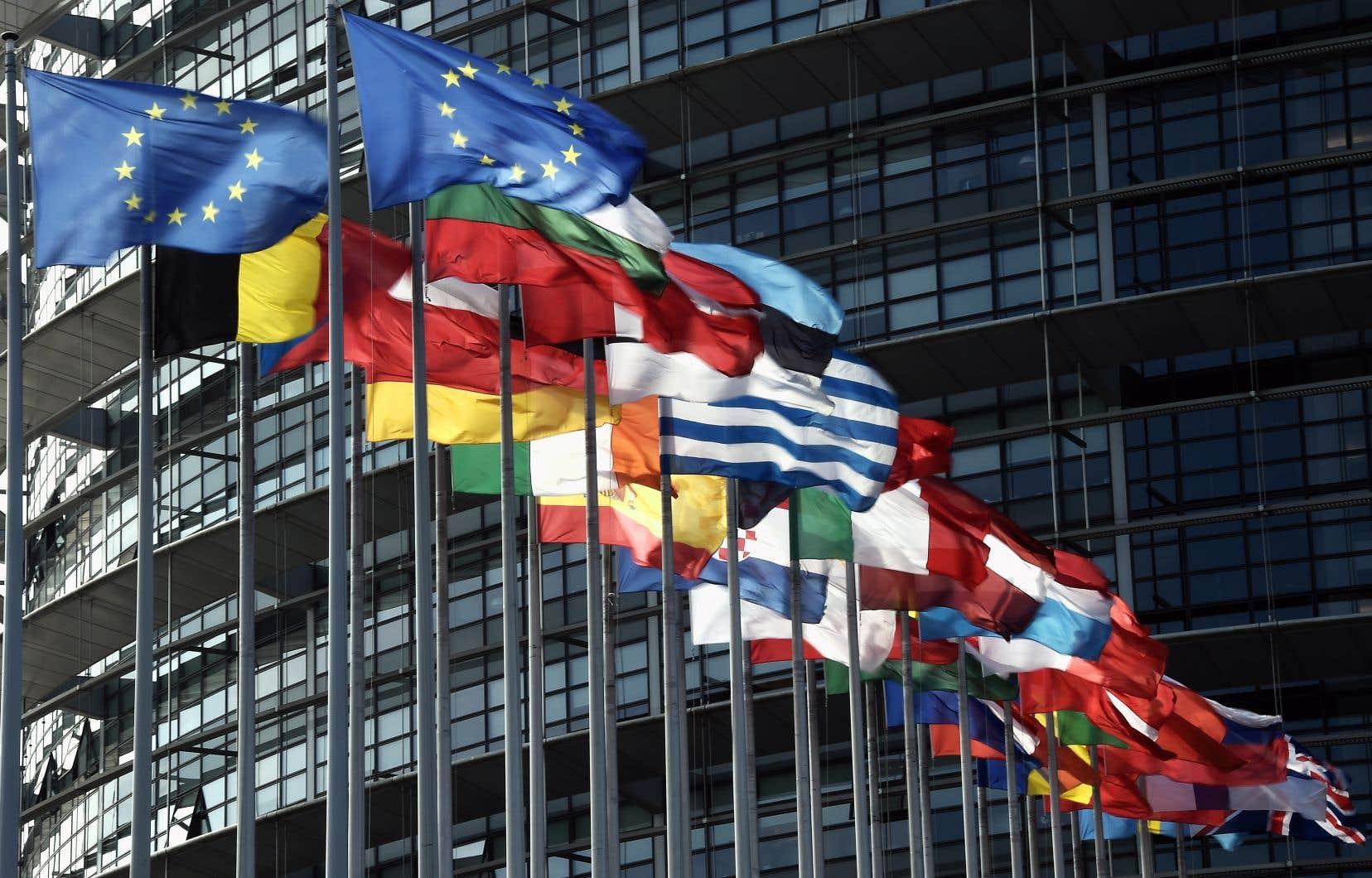 Le texte entend adapter à l'ère du numérique la législation européenne du droit d'auteur, datant de 2001, une époque où YouTube, détenu par Google, n'existait pas.