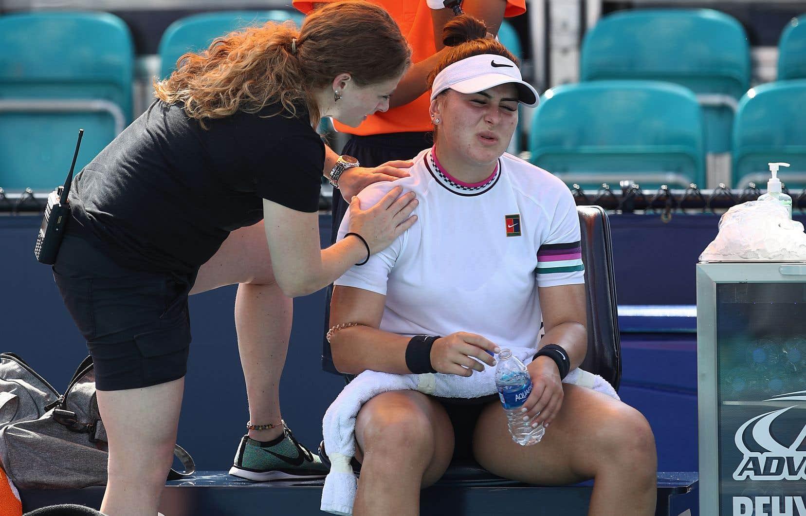 Andreescu avait également attiré l'attention sur elle plus tôt dans le tournoi, après une altercation avec l'Allemande Angelique Kerber.