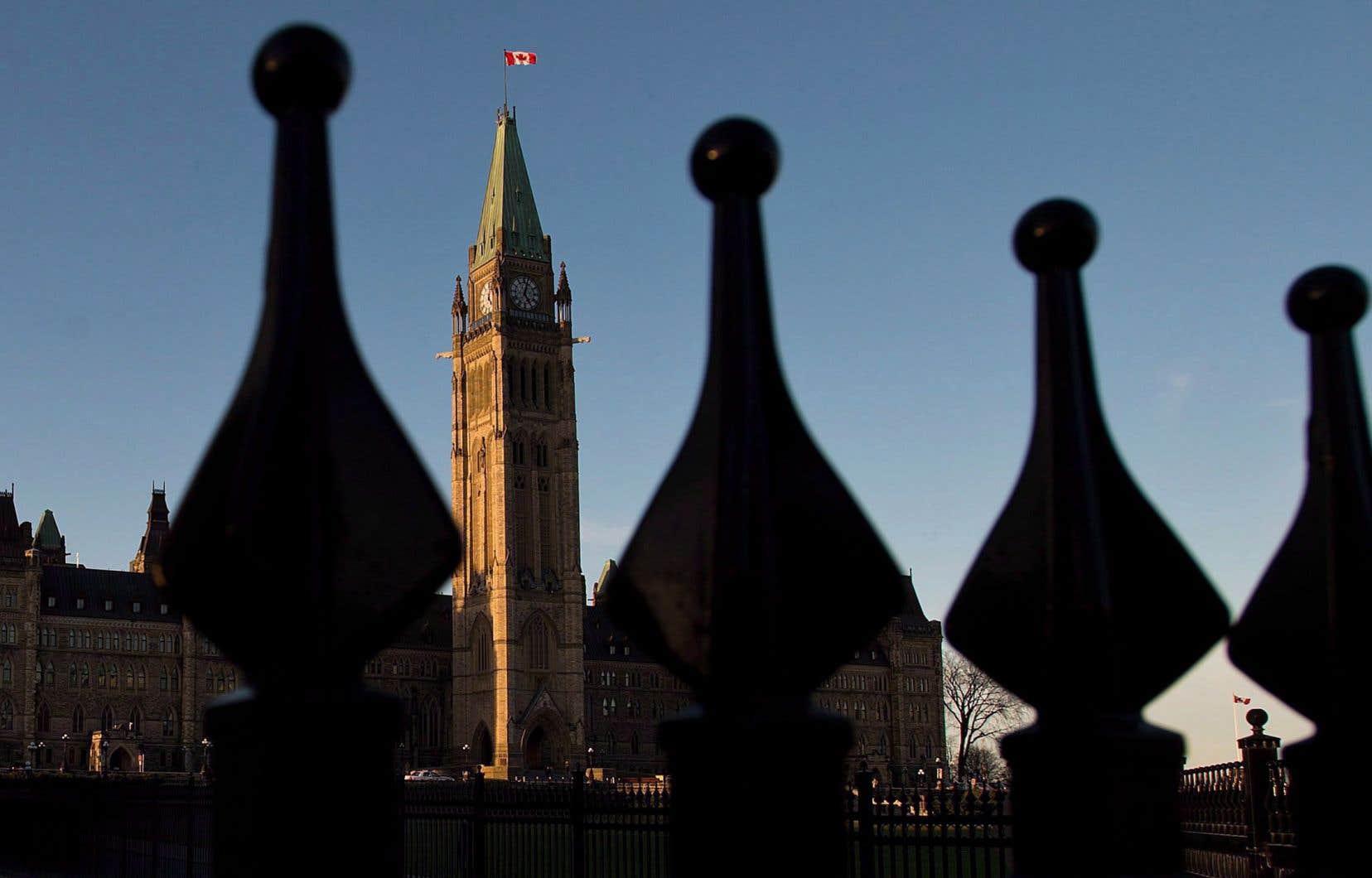 Le recours annoncé dans le projet de loi 21 à la clause dérogatoire limite les options du ministre fédéralde la Justice, David Lametti.