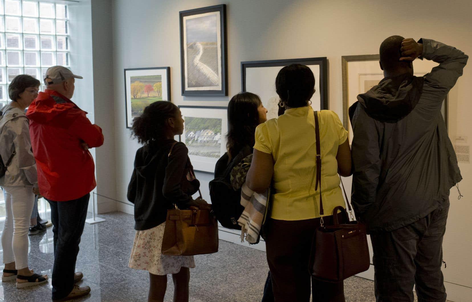 Certains collectionneurs voulant donner des œuvres de maître n'ayant pas de lien avec le Canada ne peuvent plus bénéficier des avantages fiscaux maximums. Le Musée des beaux-arts de Montréal a ainsi perdu l'occasion de se faire donner une estampe de Rembrandt.