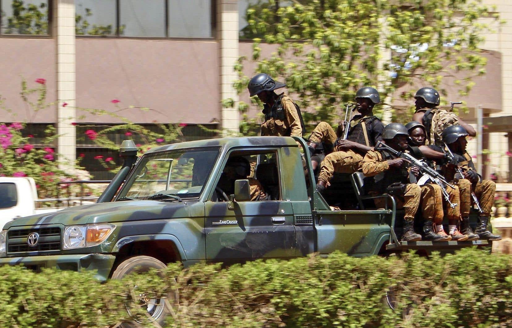 Confronté depuis quatre ans à des attaques djihadistes de plus en plus fréquentes et meurtrières, le Burkina Faso enregistre également des affrontements intercommunautaires.