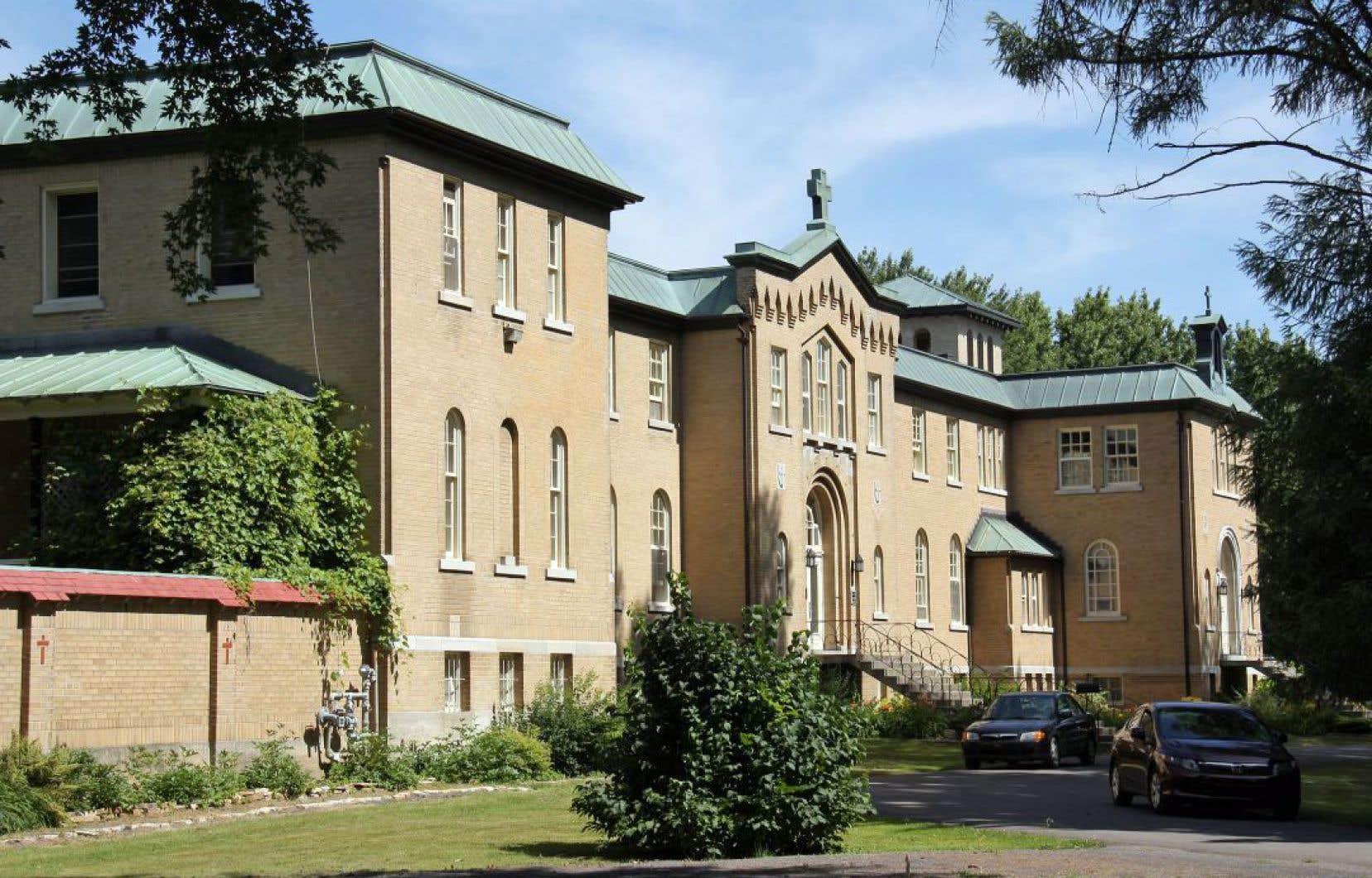 Selon une fiche produite par la MRC de D'Autray, l'ancien monastère des Moniales dominicaines de Berthierville a une valeur patrimoniale «exceptionnelle».