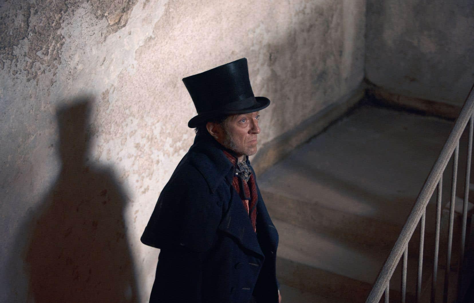 Le film de Jean-François Richet embrasse les années de bagne et une spectaculaire évasion.
