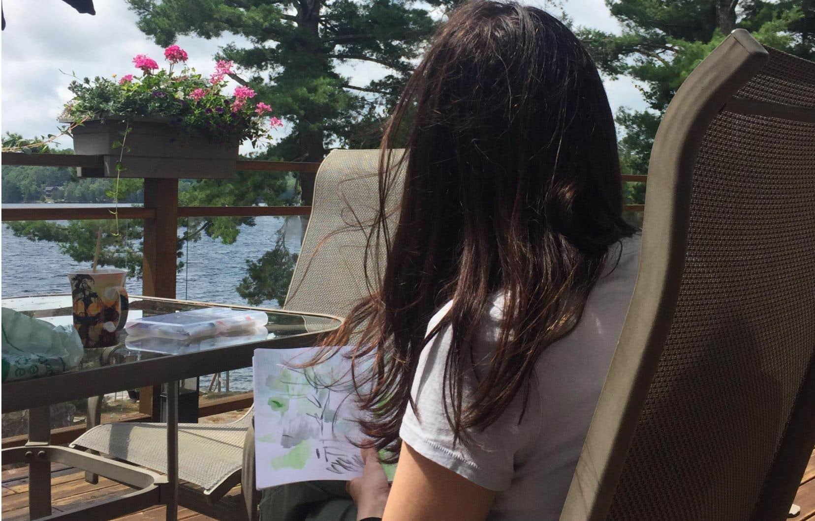 Le geste de dessiner est aussi une manière de mettre sur pause le tourbillon de notre quotidien.