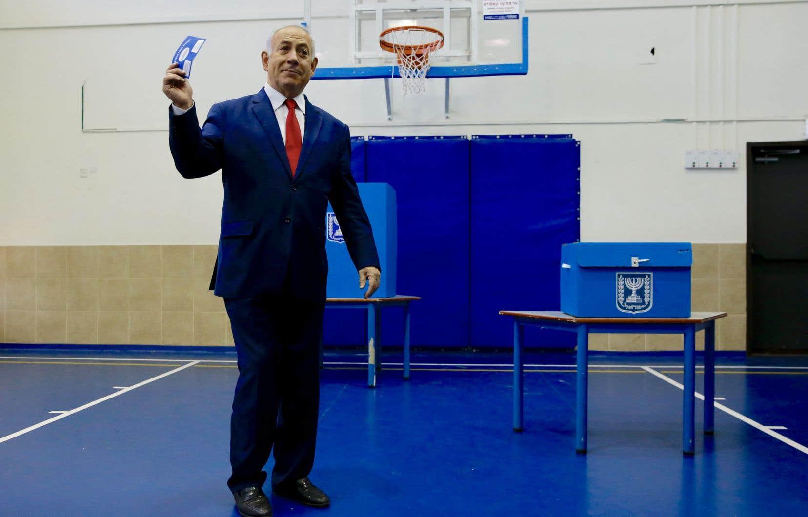 <p>Benjamin Nétanyahou a votévers 10h30 à Jérusalem.</p>