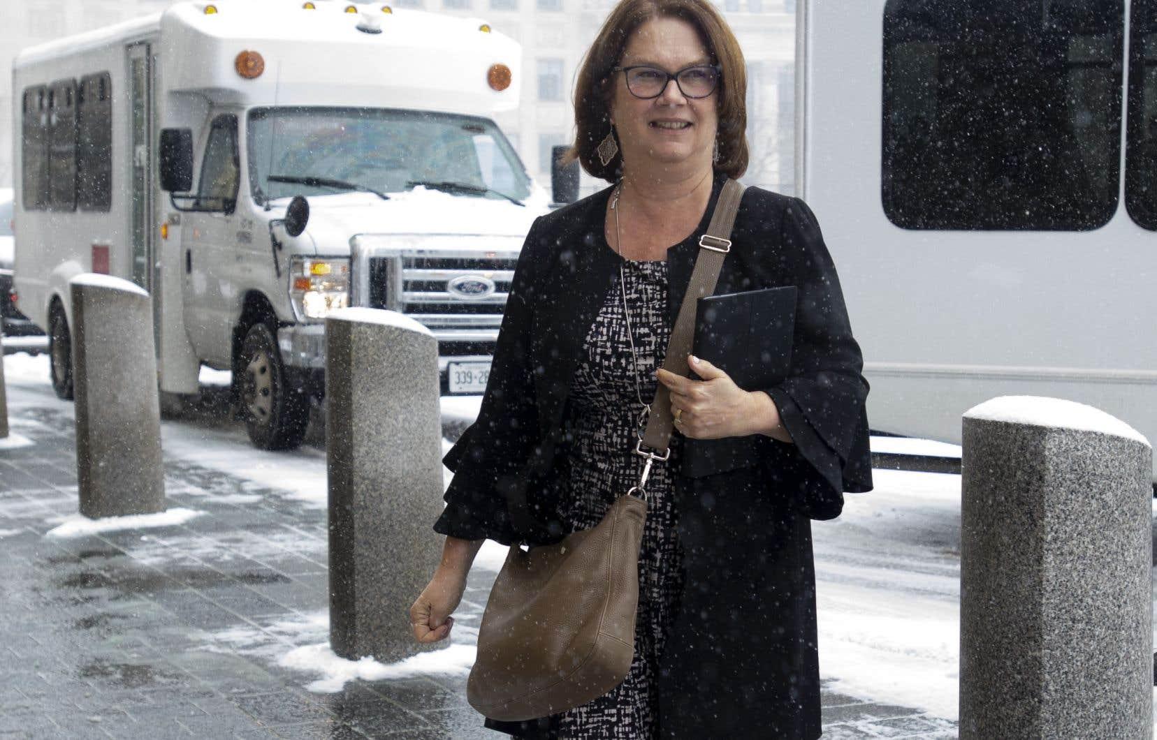 Selon Jane Philpott, ancienne ministre du gouvernement fédéral, ses «droits ont été enfreints» parce que le premier ministre, Justin Trudeau, a décidé par lui-même de son expulsion.