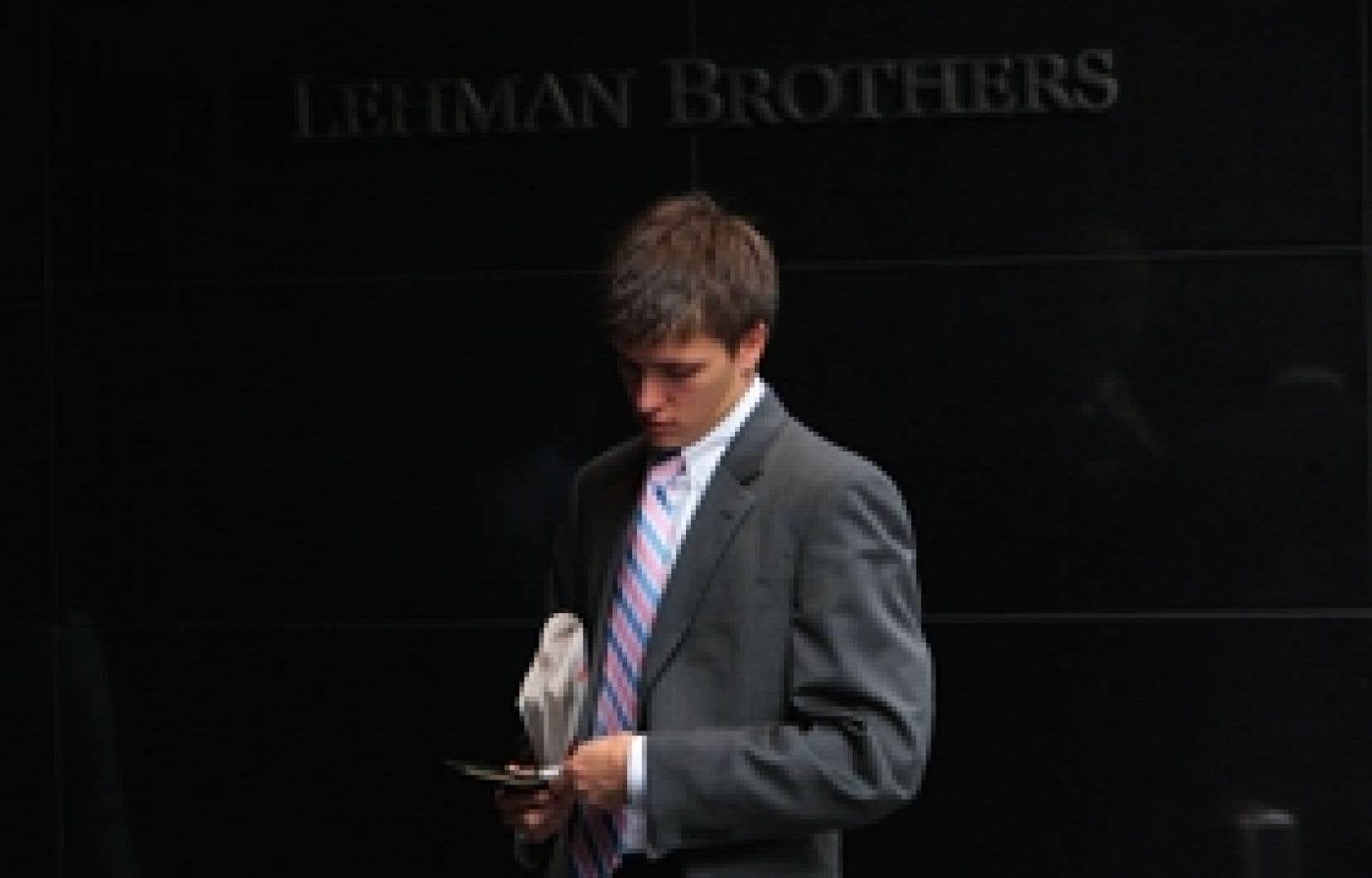 Le titre Lehman Brothers abandonnait 16 % à 3,54 $US hier. Il en valait près de 70 $US il y a moins d'un an et plus de 16 $US vendredi dernier.