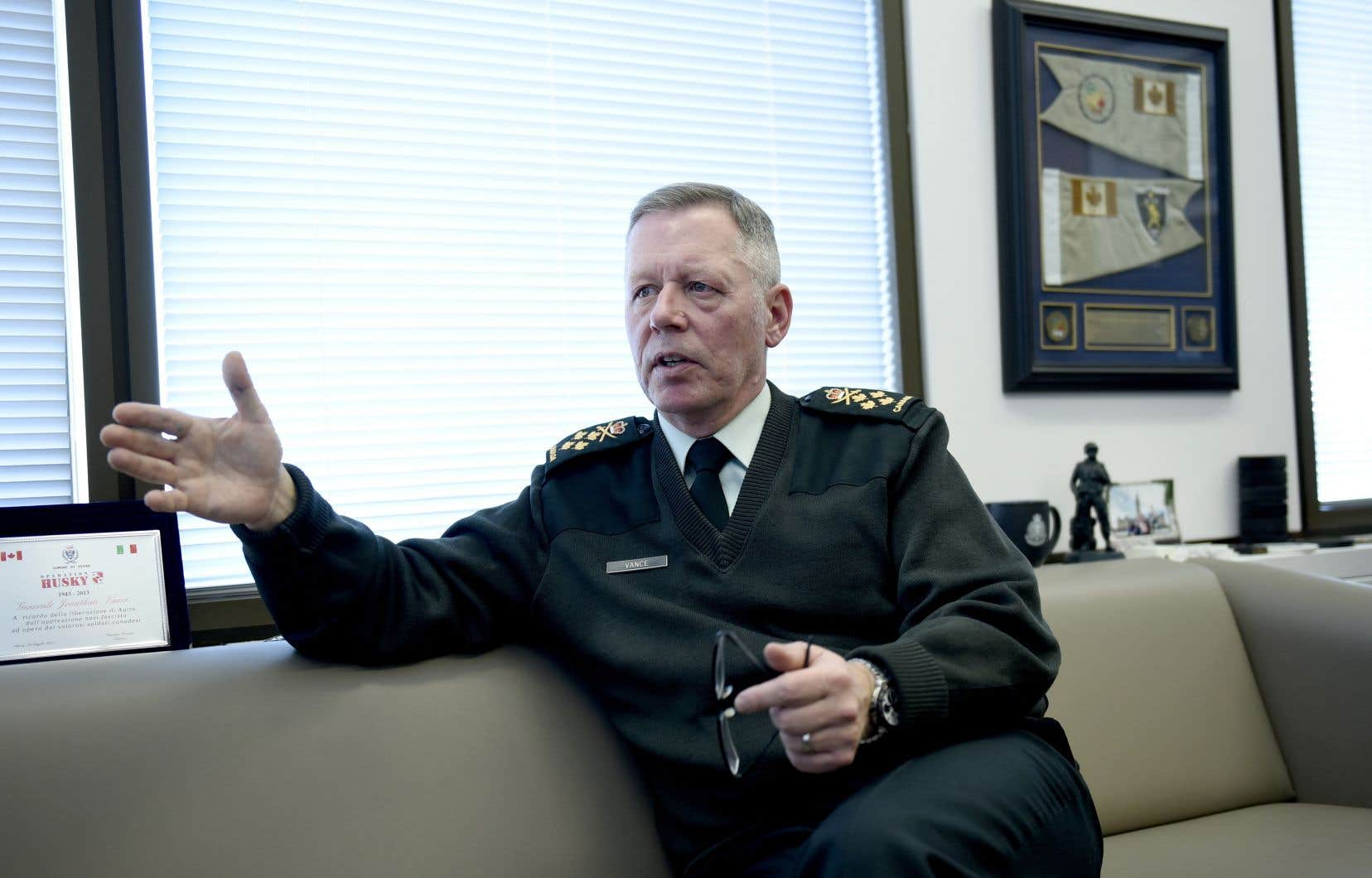 Le chef d'état-major de la Défense du Canada, Jonathan Vance