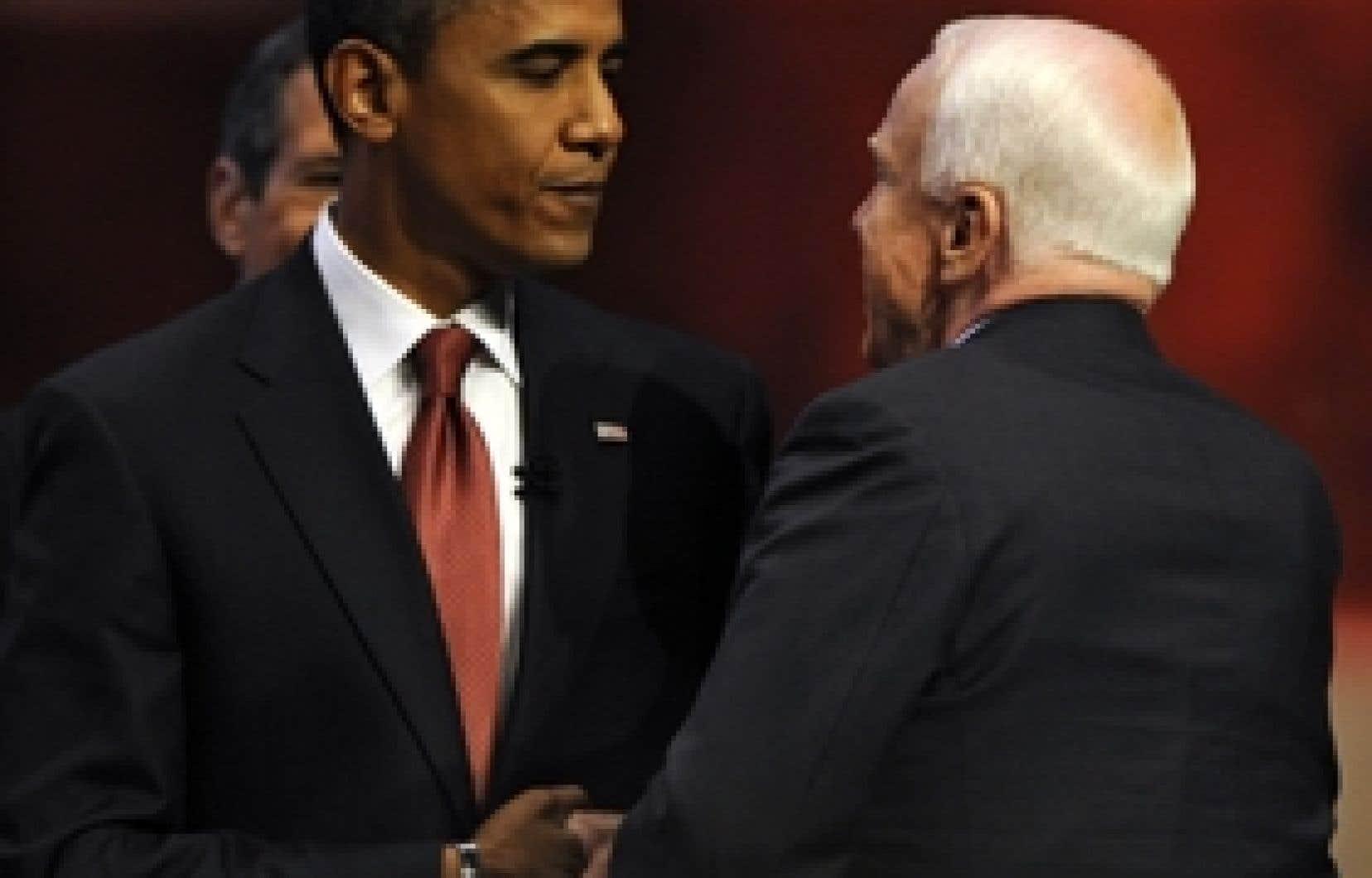 Barack Obama et John McCain, jeudi: les deux prétendants à la succession de George W. Bush sont au coude-à-coude dans les sond0ages.
