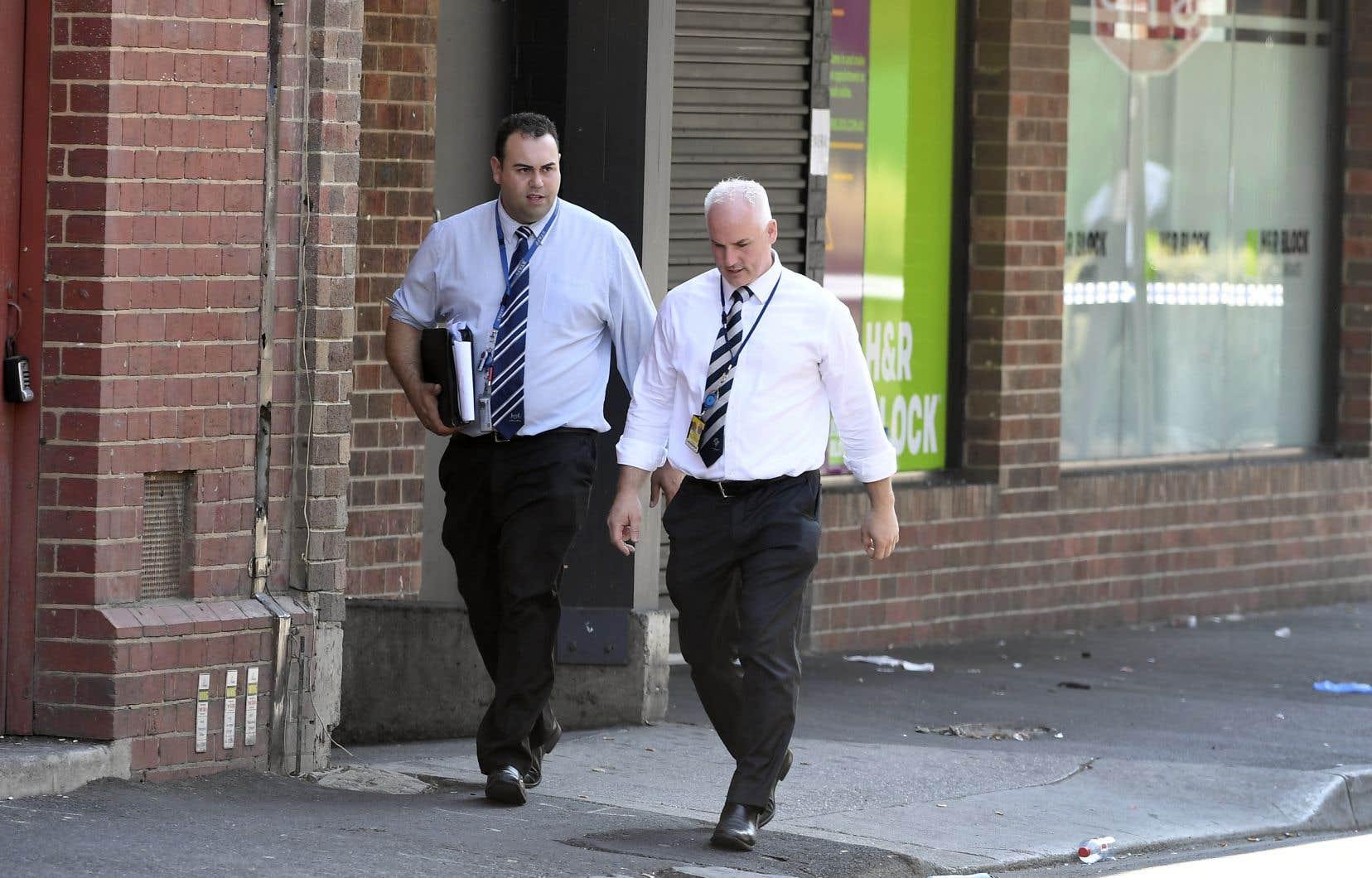 Les enquêteurs travaillent notamment sur la piste de gangs de motards, rapporte le quotidien «The Age» de Melbourne.