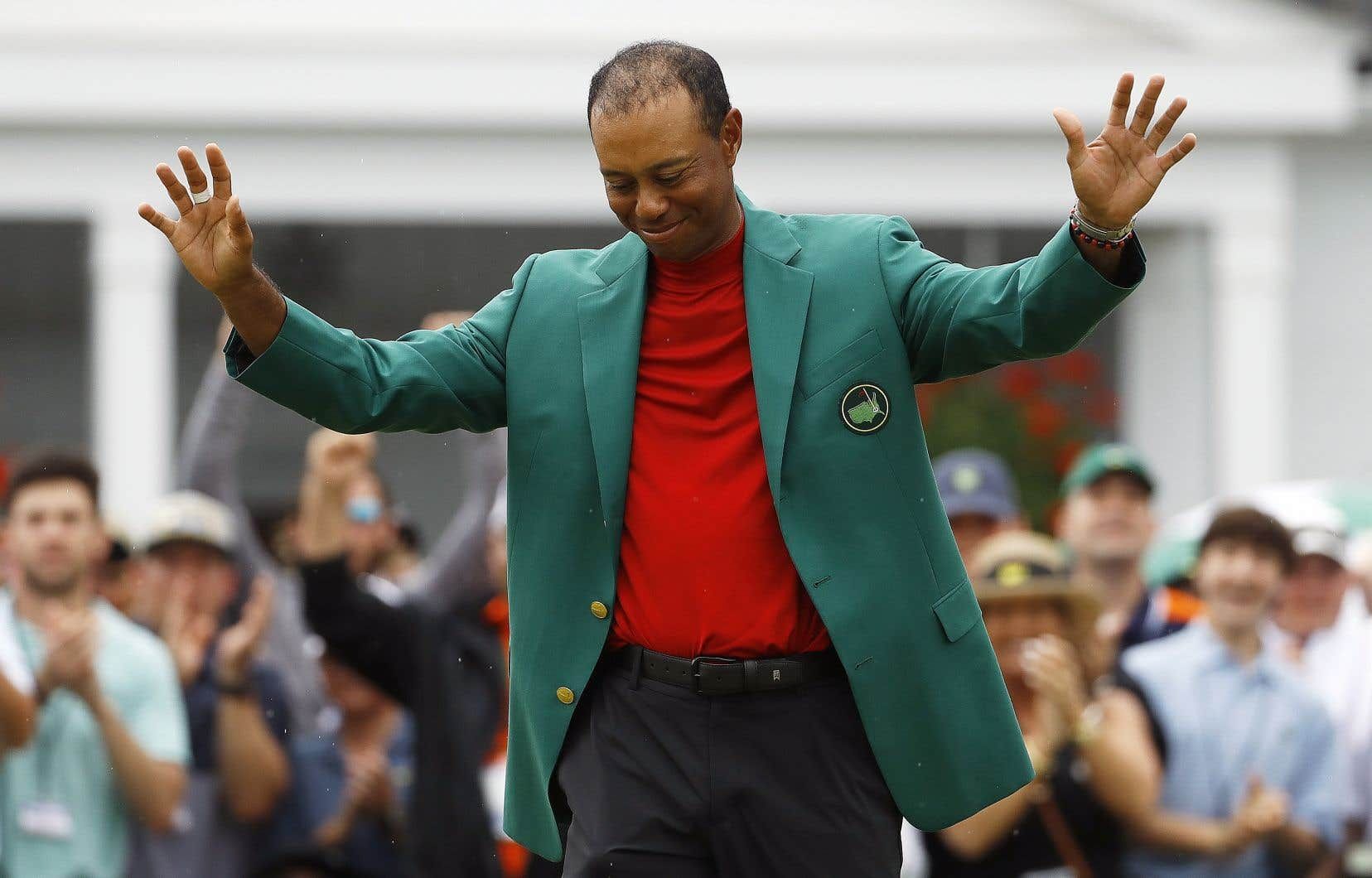 Tiger Woods et son veston vert, un habit qu'il n'avait plus porté depuis plus d'une décennie