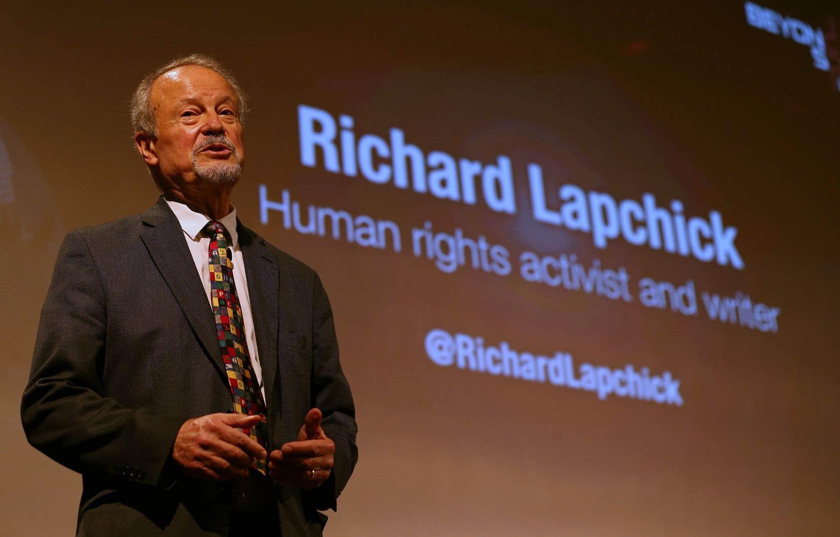 Richard Lapchick, directeur du TIDES et auteur principal de l'étude, a encensé les pratiques d'embauches mises de l'avant aux quartiers généraux de la MLB.