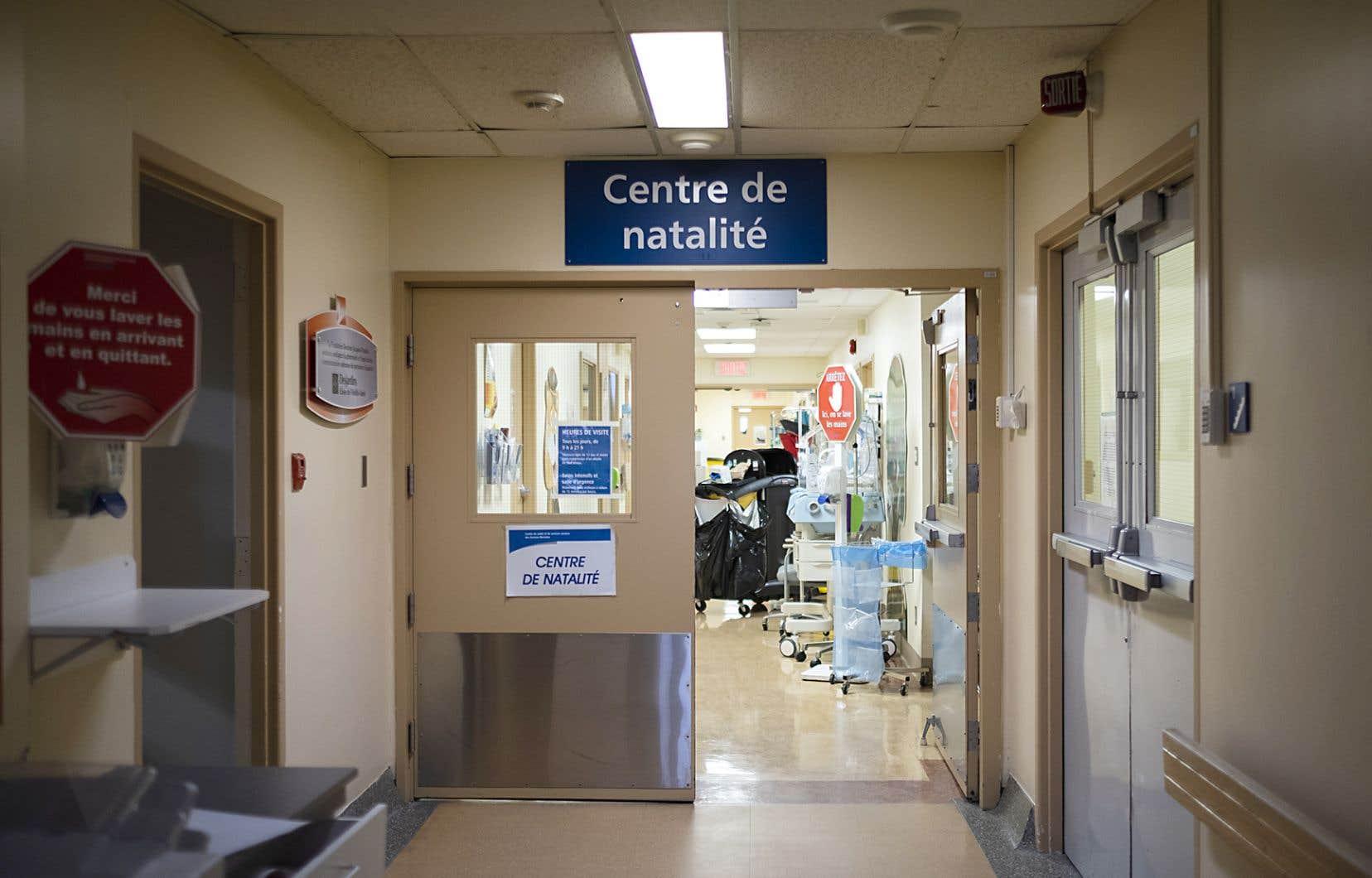 Faute de personnel infirmier, l'hôpital de cette petite ville d'Abitibi-Ouest ne pouvait plus prendre en charge les accouchements depuis près de deux mois.
