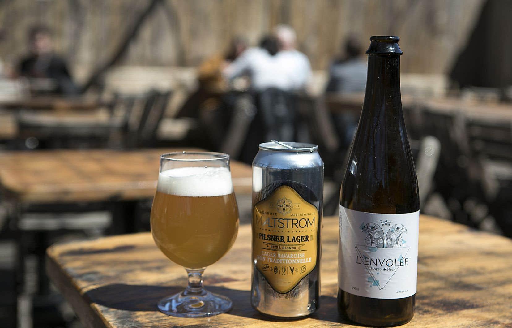 La Pilsner Lager de la brasserie Maltstrom, à Notre-Dame-des-Prairies, et L'Envolée de la brasserie Gallicus, à Gatineau.