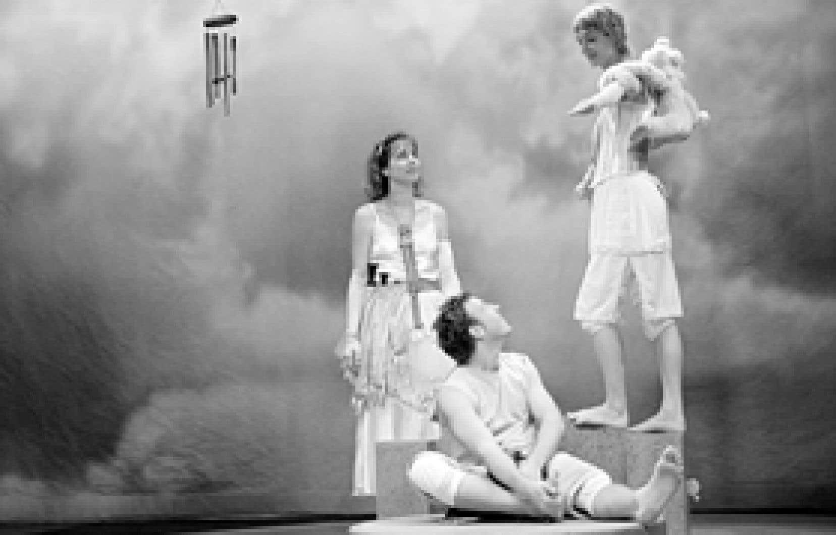 Glouglou, du Théâtre de Quartier, sera présenté au Théâtre d'Aujourd'hui, du 15 au 30 décembre 2008.