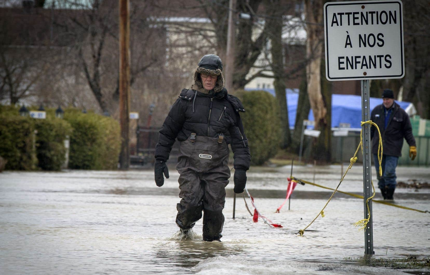 La situation demeure préoccupante à Rigaud où des dizaines de personnes ont été évacuées.