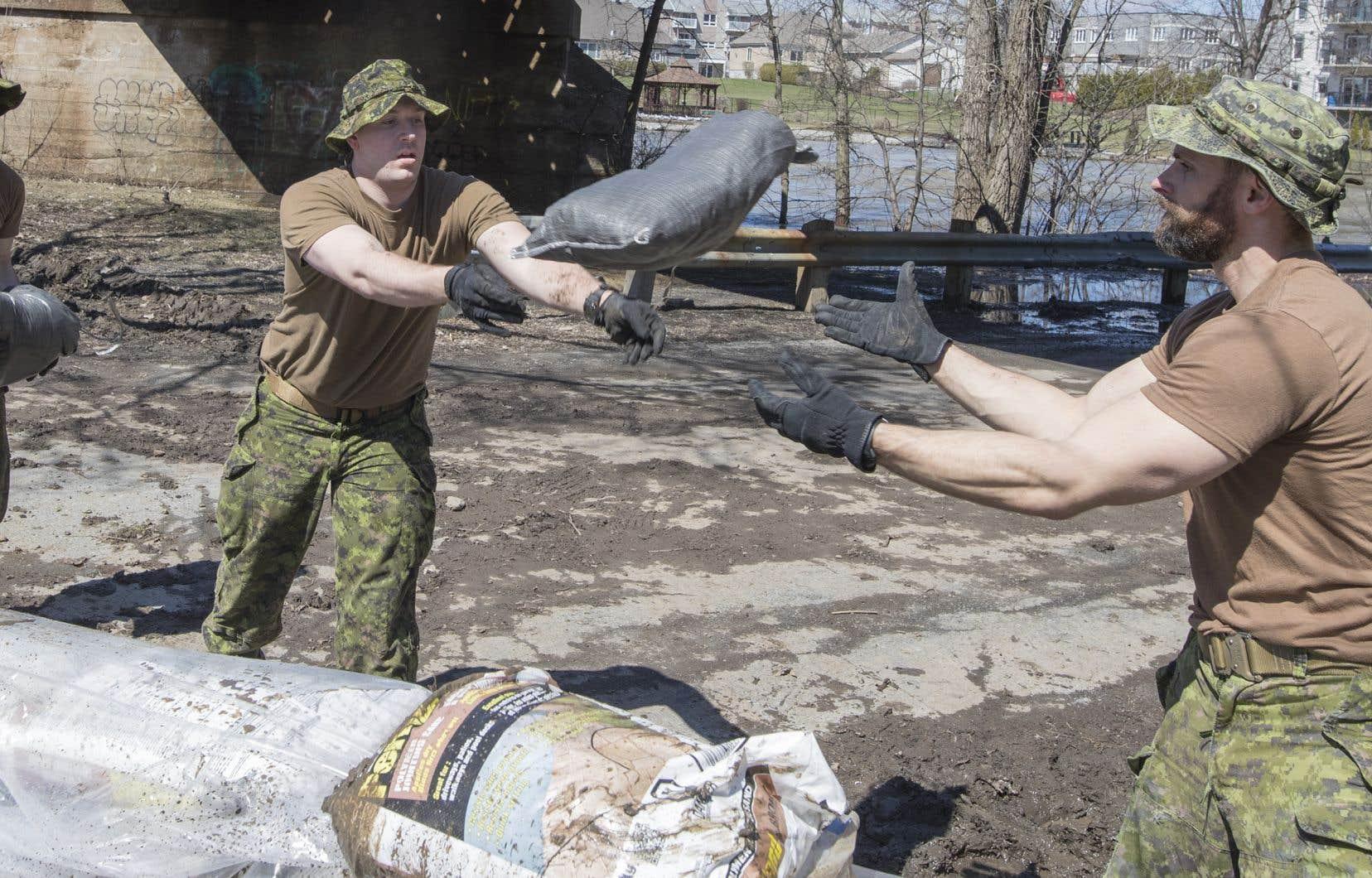 Quelque 600 militaires ont été déployés sur le terrain.