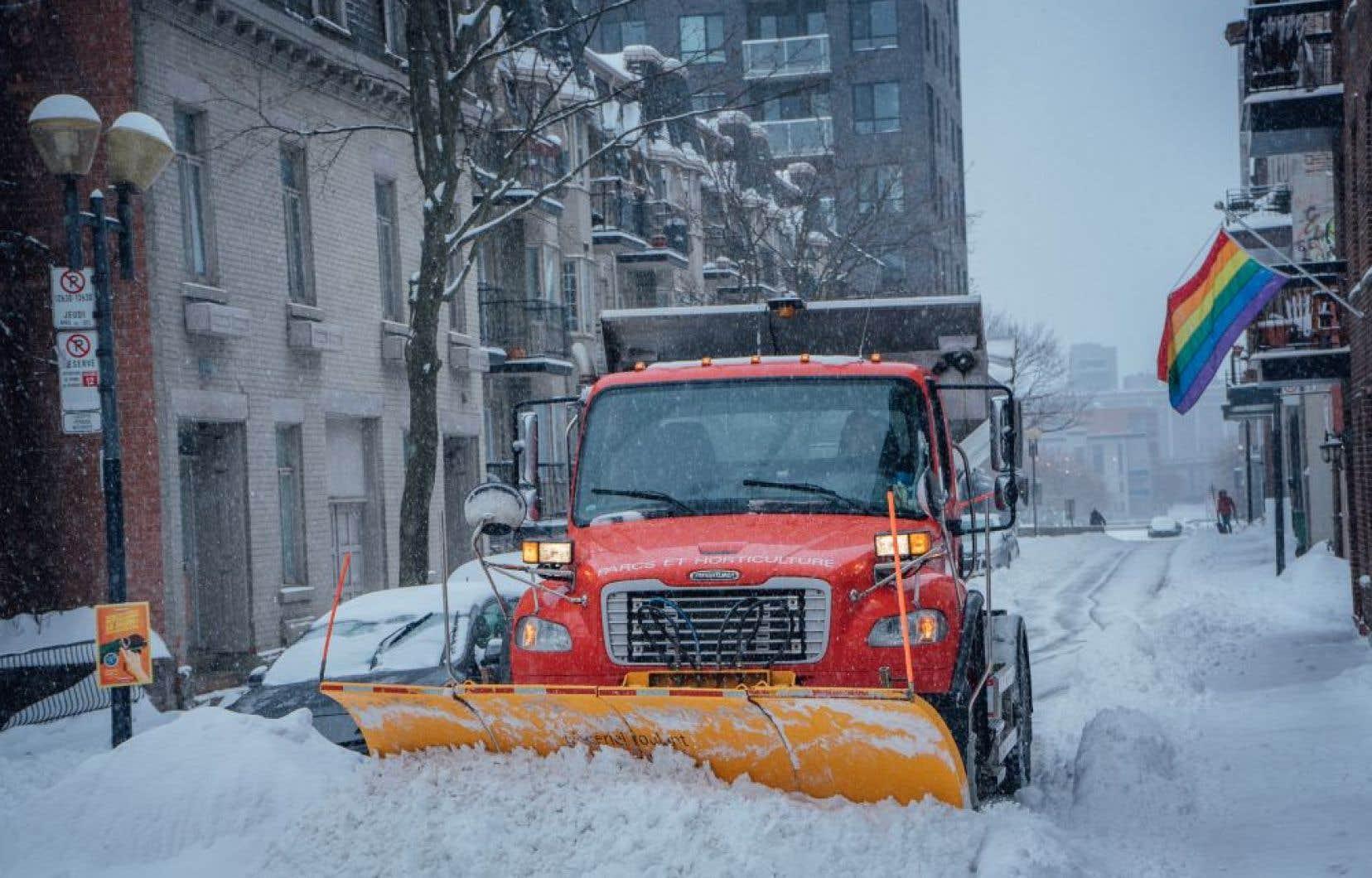Les activités liées au déneigement ont coûté cher, soit 19,3millions de plus que prévu et 10millions de plus que l'année précédente même si la quantité de neige tombée a été comparable.