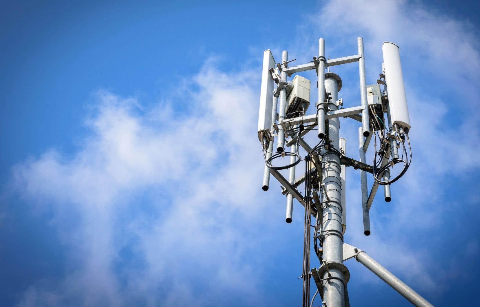 La 5G promet de faire entrer la télécommunication sans fil dans une nouvelle ère. À terme, la vitesse de connexion devrait être plus rapide et atteindre un débit de 10 gigabits par seconde.