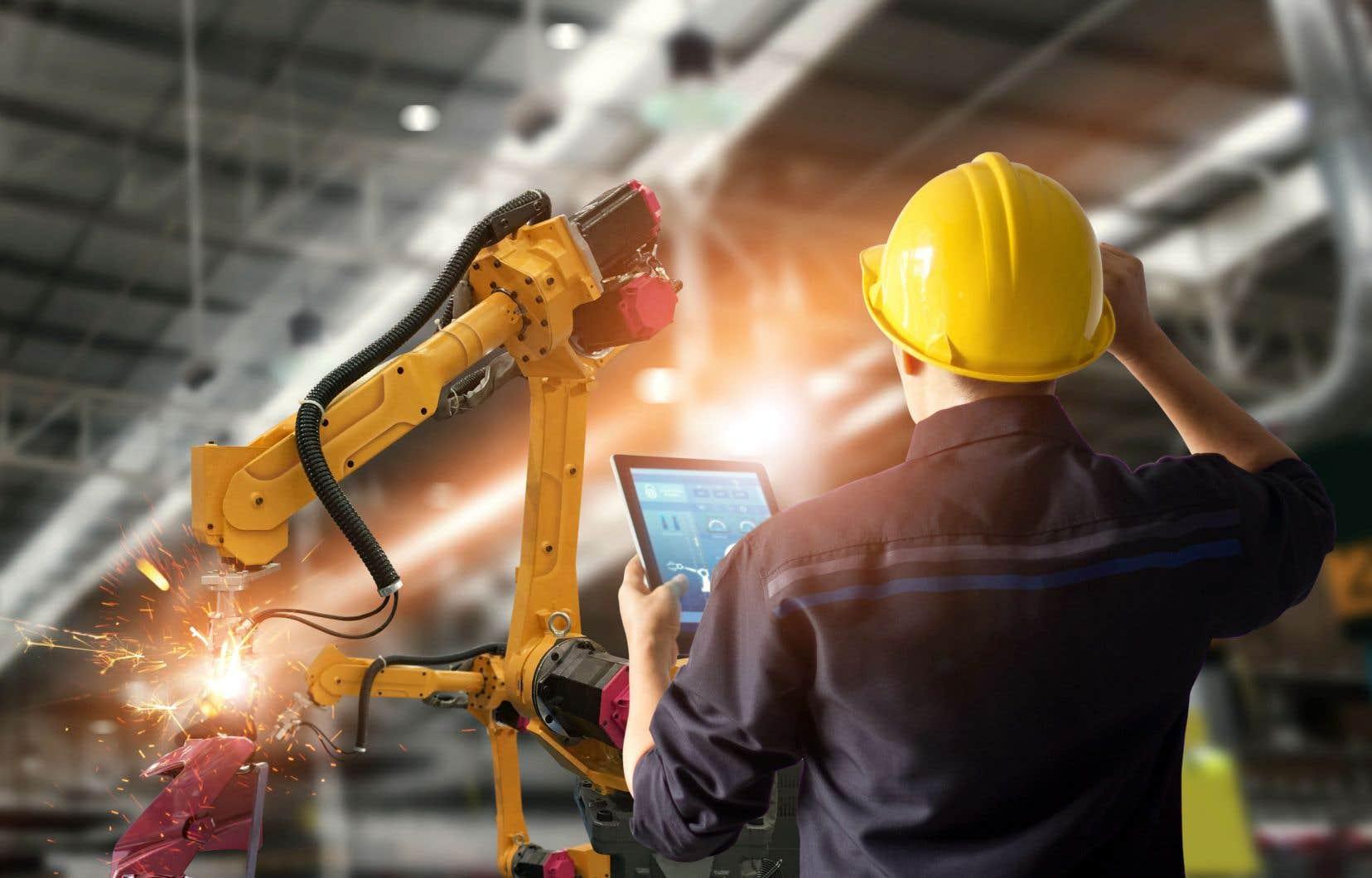 En réponse à ce nouveau modèle (l'industrie 4.0) les entreprises doivent donc se réinventer en tenant compte de la technologie disponible.